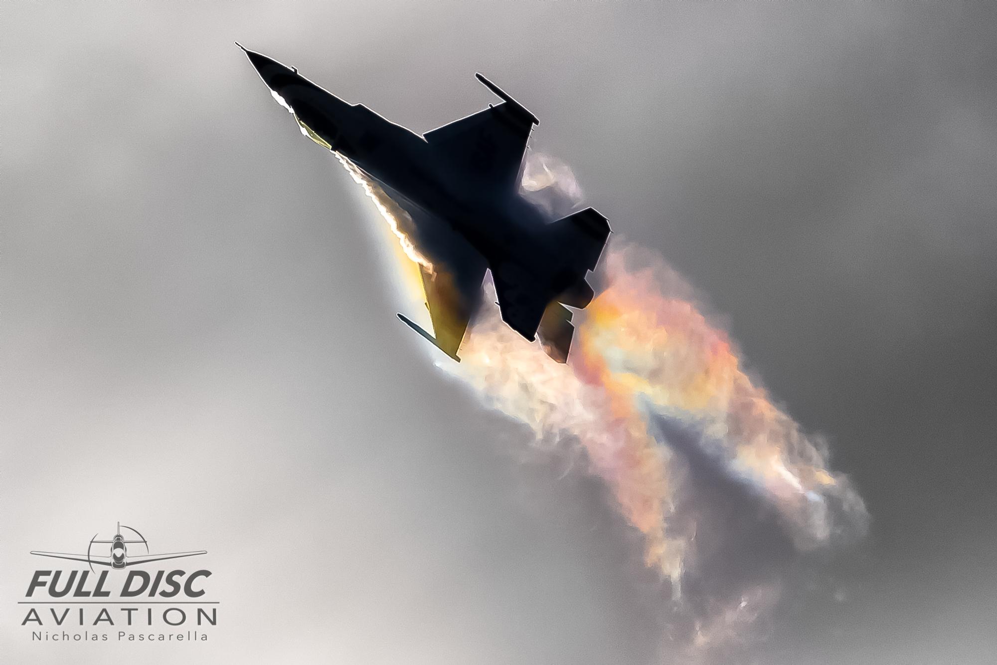 nickpascarella_nicholaspascarella_fulldiscaviation_aircraft_thunderbirds_rainbow.jpg