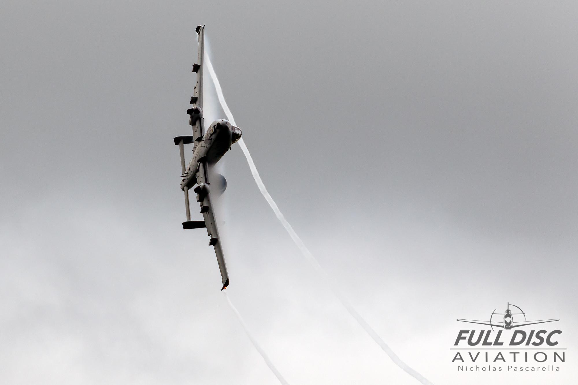 nickpascarella_nicholaspascarella_fulldiscaviation_aircraft_a10warthog_vapor.jpg