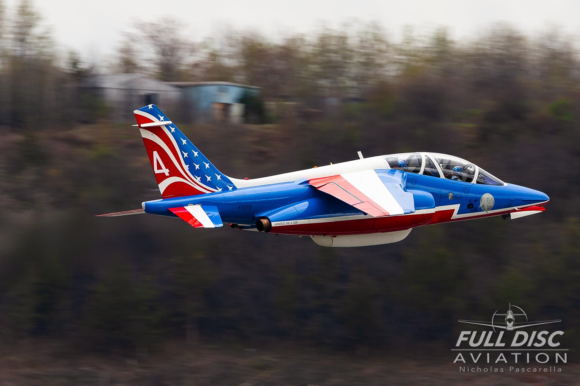 nickpascarella_nicholaspascarella_fulldiscaviation_aircraft_patrouilledefrance_takeoff.jpg
