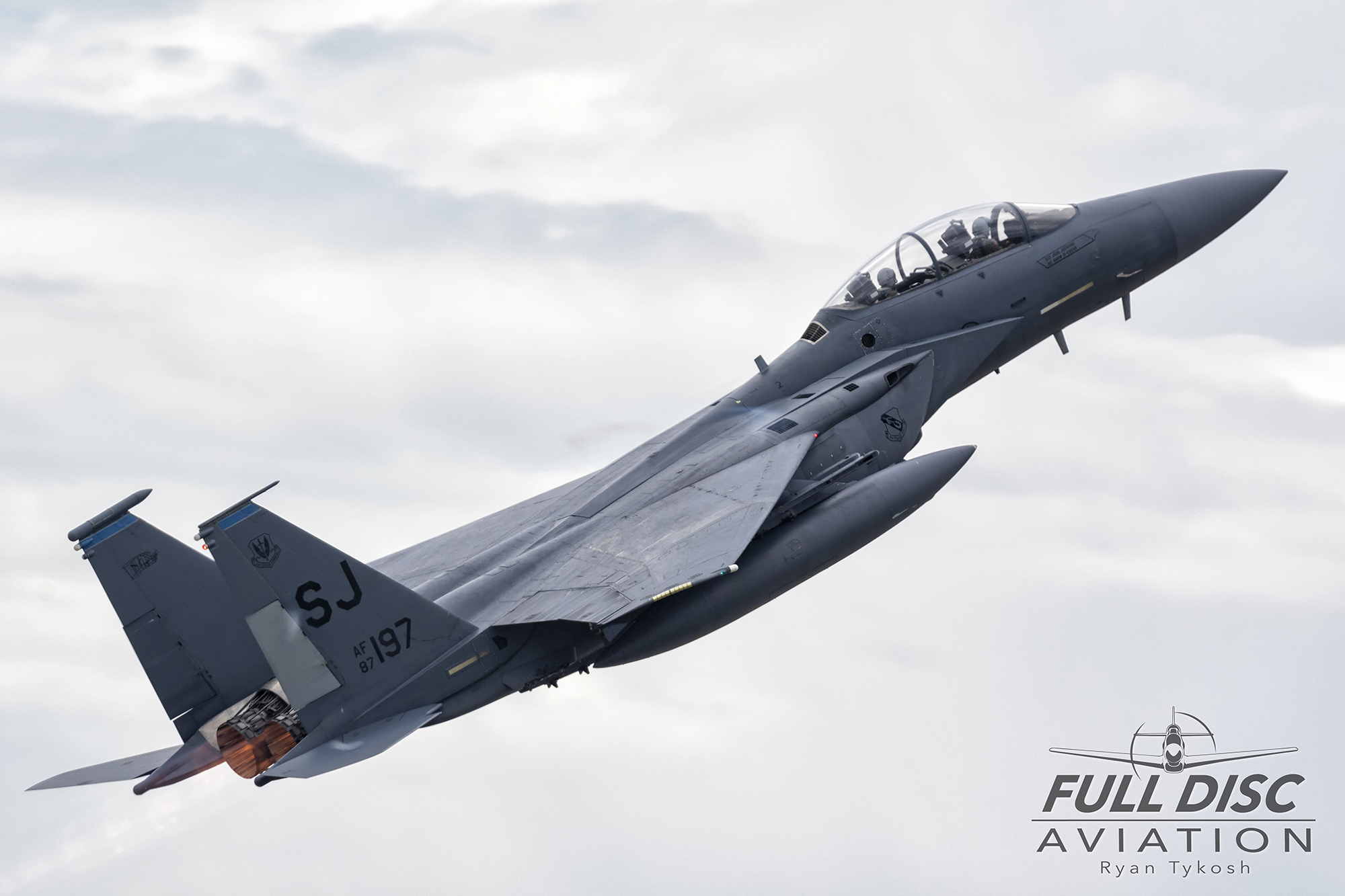 wow19-fdartykosh-f15e-pitchwm.jpg
