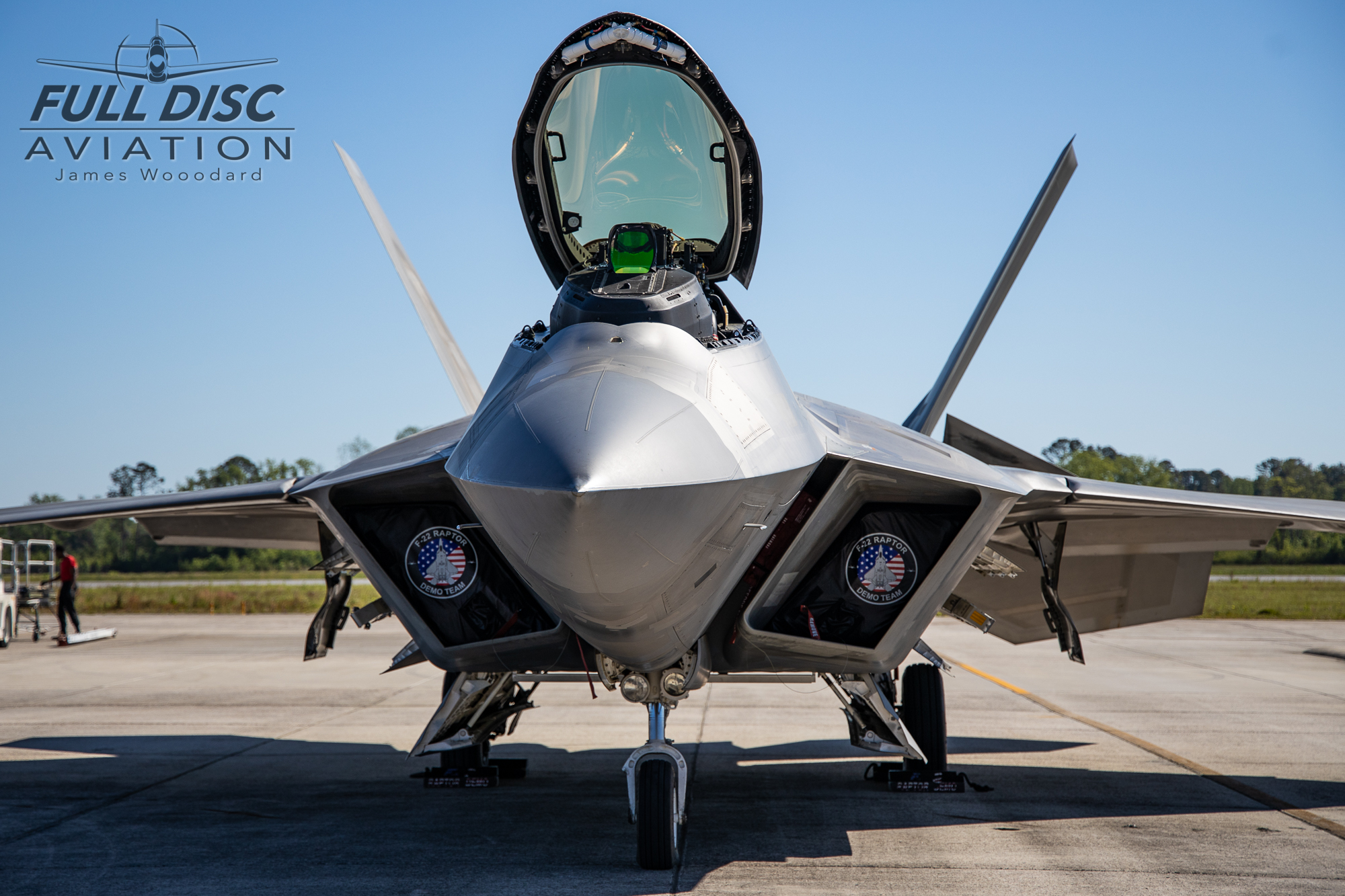 F22DemoTeam_FullDiscAviation_JamesWoodard-April 27, 2019-07.jpg