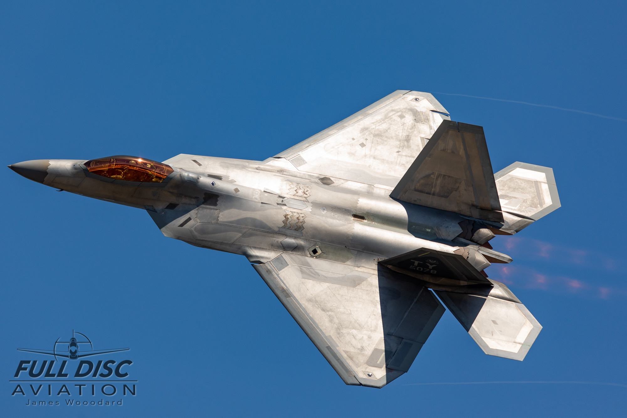 F22DemoTeam_FullDiscAviation_JamesWoodard-April 27, 2019-22.jpg