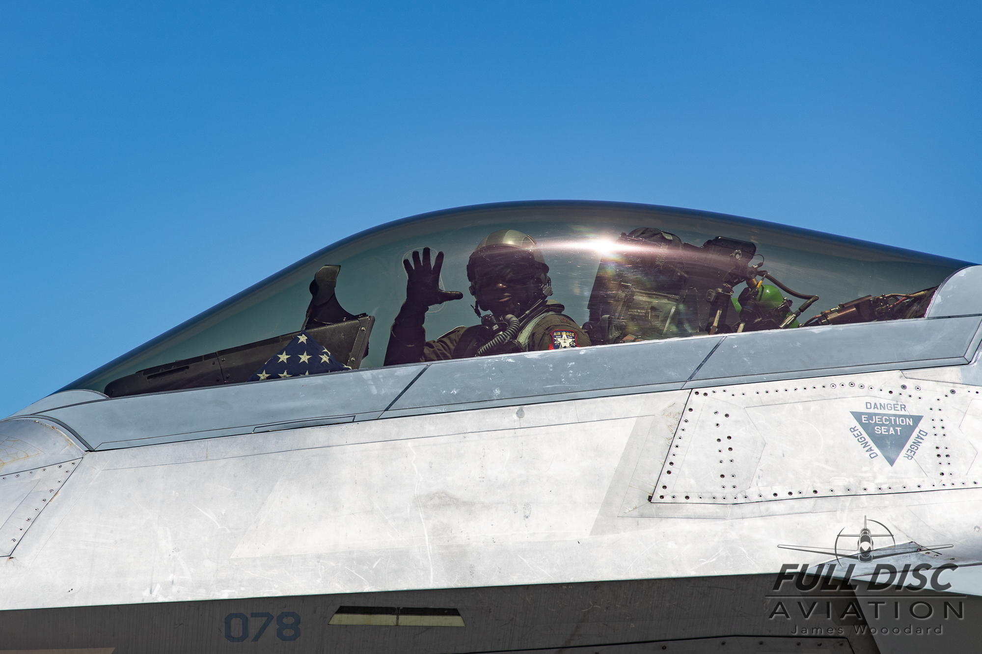 F22DemoTeam_FullDiscAviation_JamesWoodard-April 27, 2019-29.jpg
