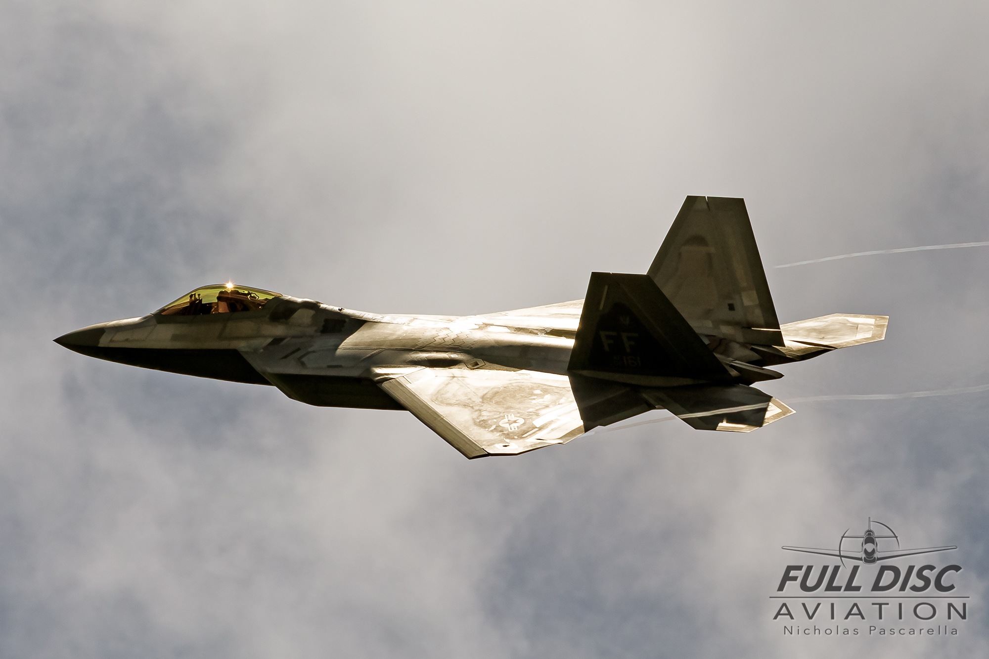 f22_nickpascarella_fulldiscaviation_raptor_sunshine.jpg