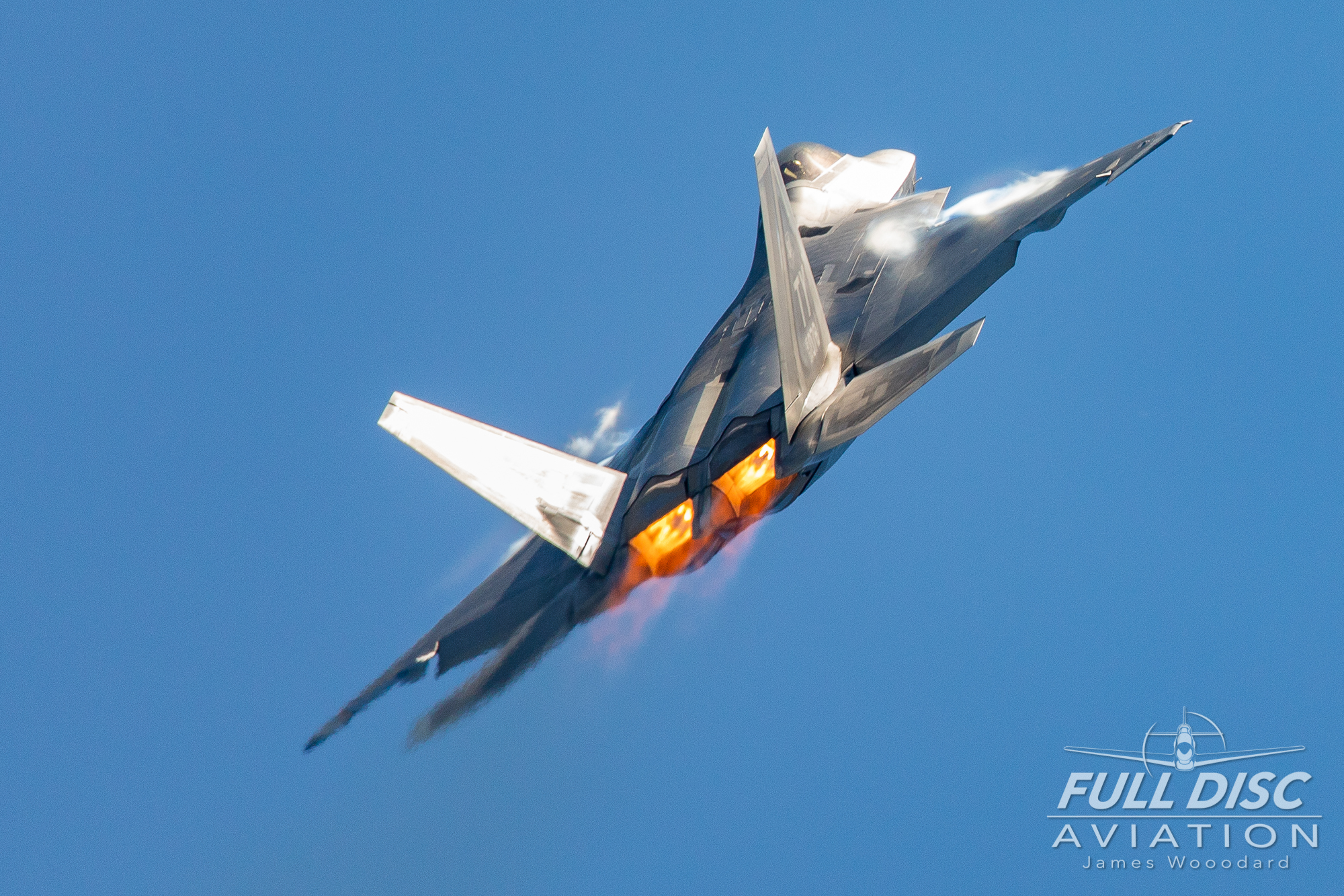 F22_FullDiscAviation_JamesWoodard-April 27, 2019-03-2.jpg
