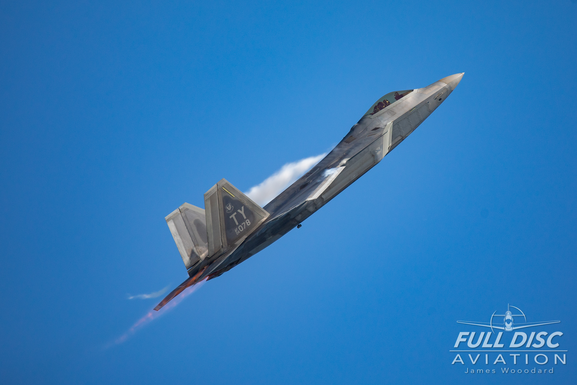 F22_FullDiscAviation_JamesWoodard-April 27, 2019-02-2.jpg
