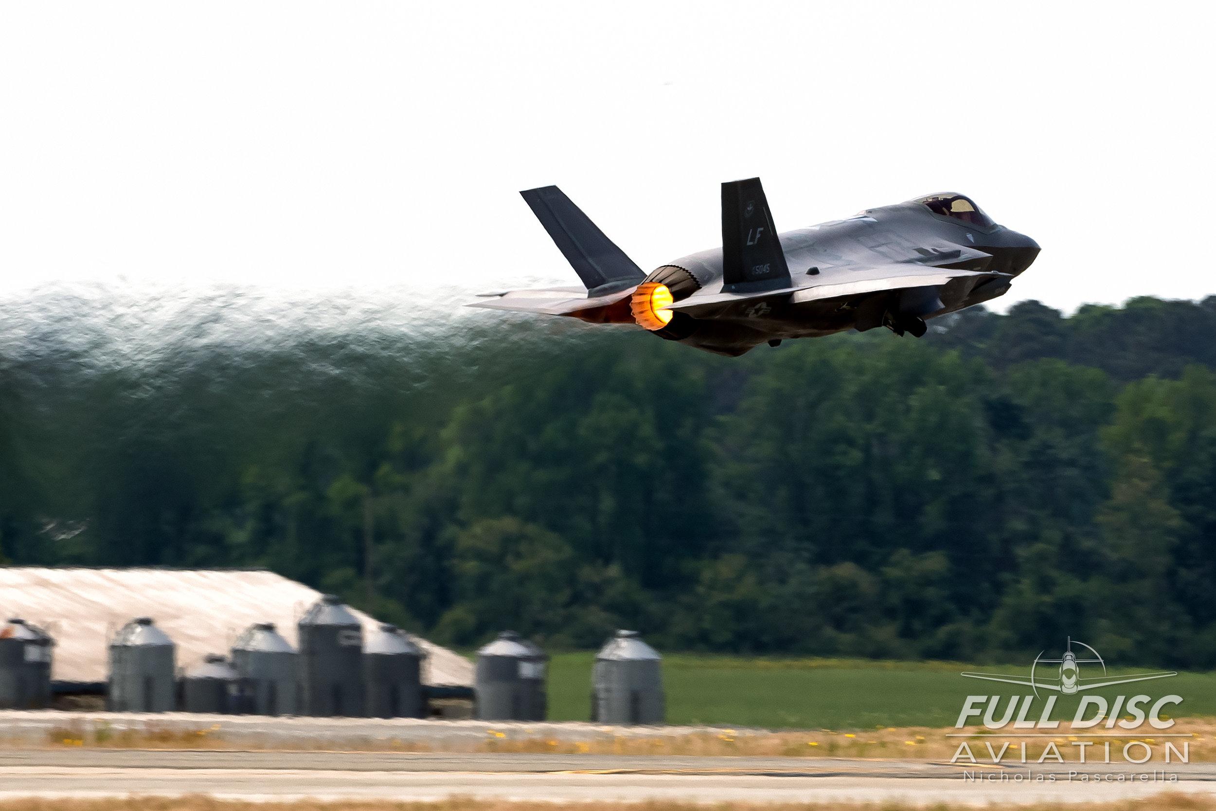 f35_afterburner_takeoff_nickpascarella_fulldiscaviation_nicholaspascarella_dojo.jpg
