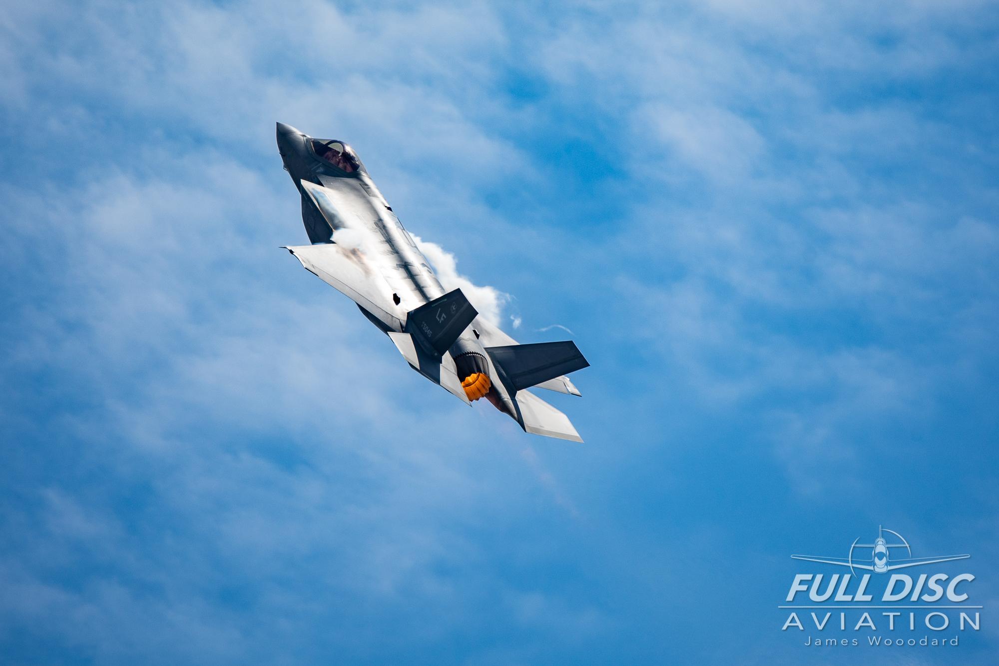 F35DemoTeam_FullDiscAviation_JamesWoodard-April 28, 2019-42.jpg