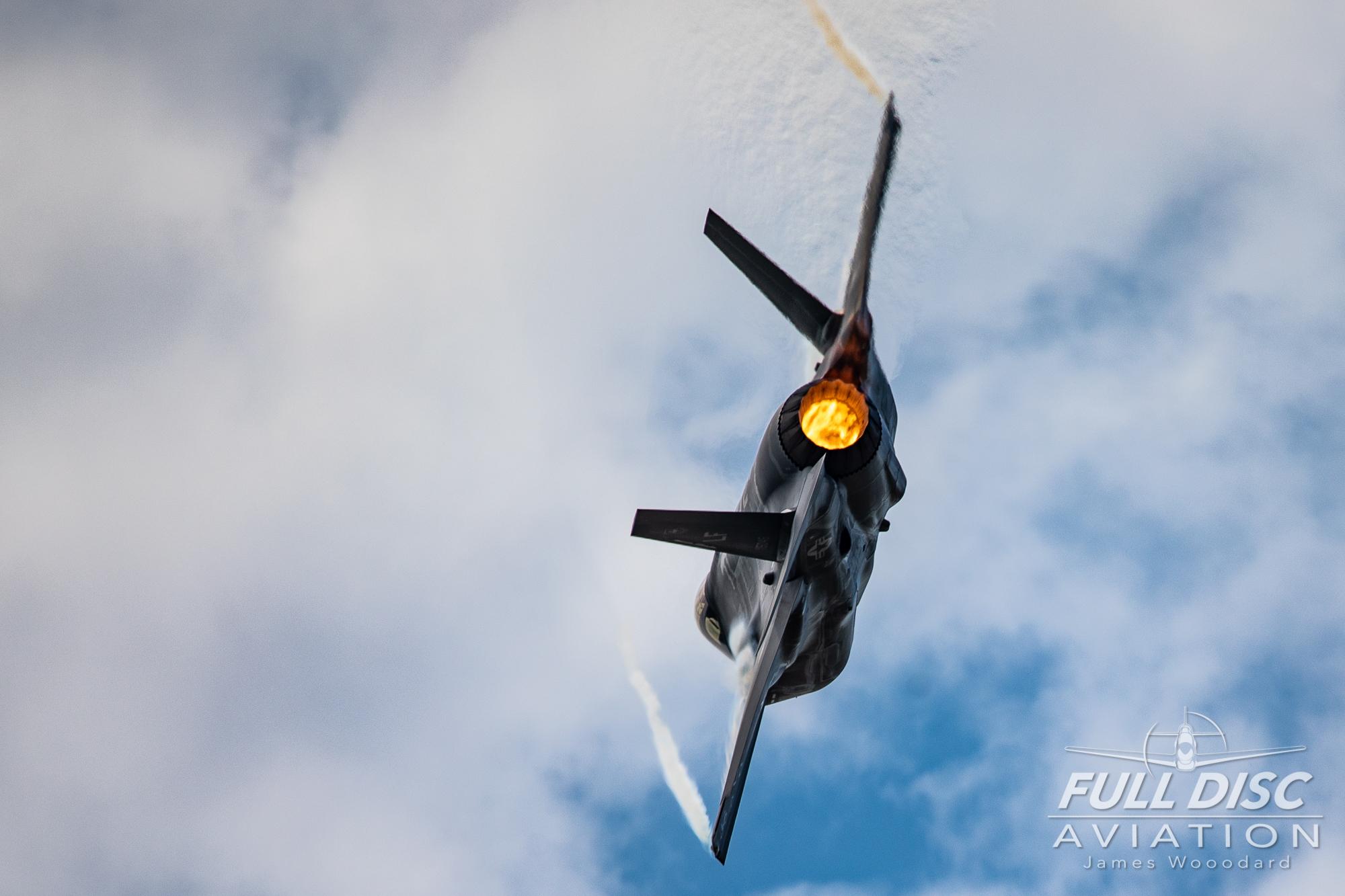 F35DemoTeam_FullDiscAviation_JamesWoodard-April 28, 2019-40.jpg