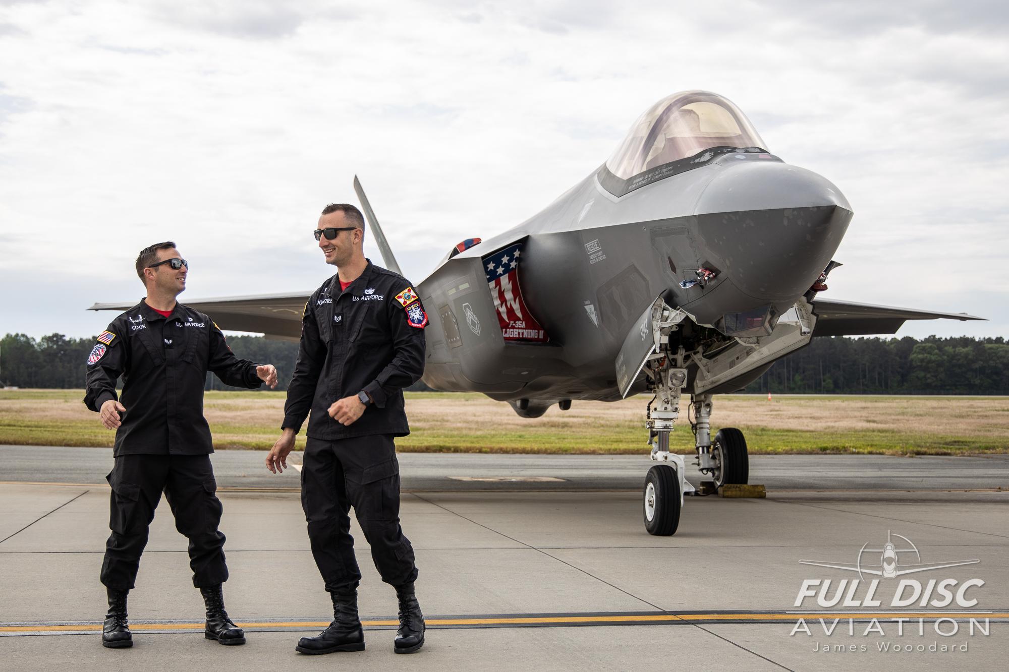 F35DemoTeam_FullDiscAviation_JamesWoodard-April 28, 2019-29.jpg