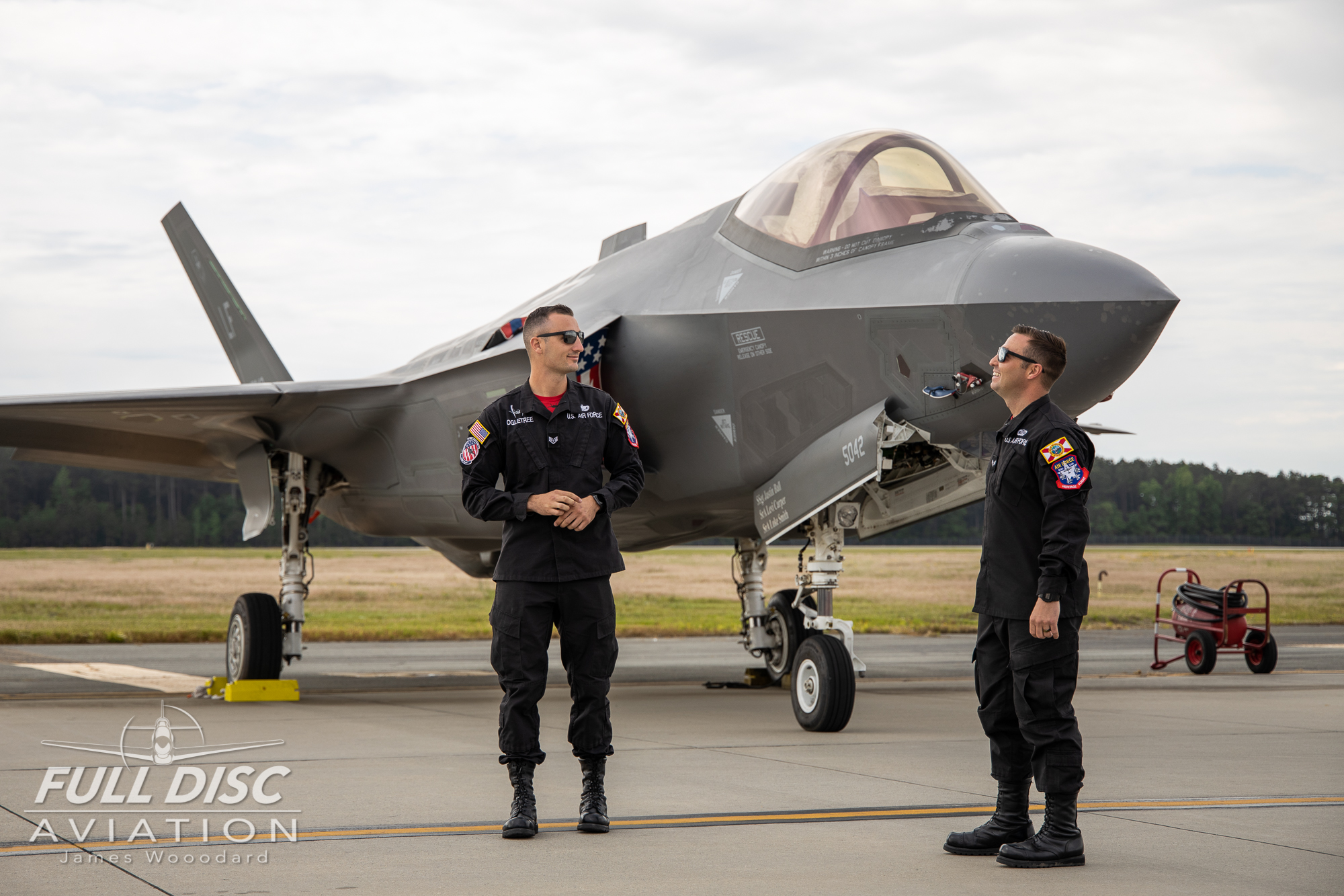 F35DemoTeam_FullDiscAviation_JamesWoodard-April 28, 2019-20.jpg