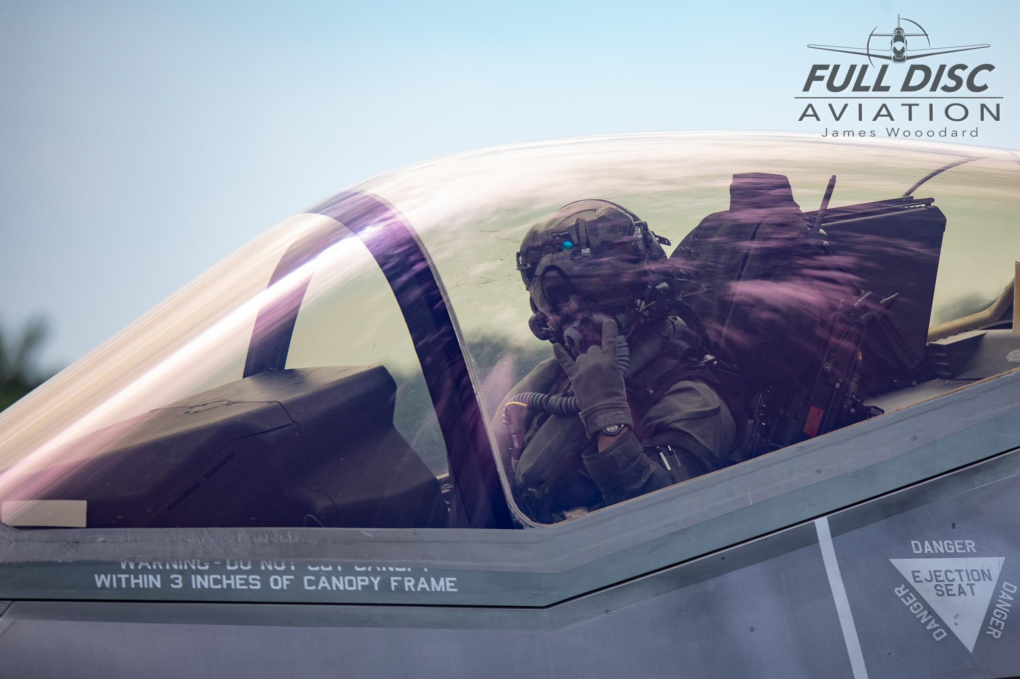 F35DemoTeam_FullDiscAviation_JamesWoodard-April 28, 2019-13.jpg