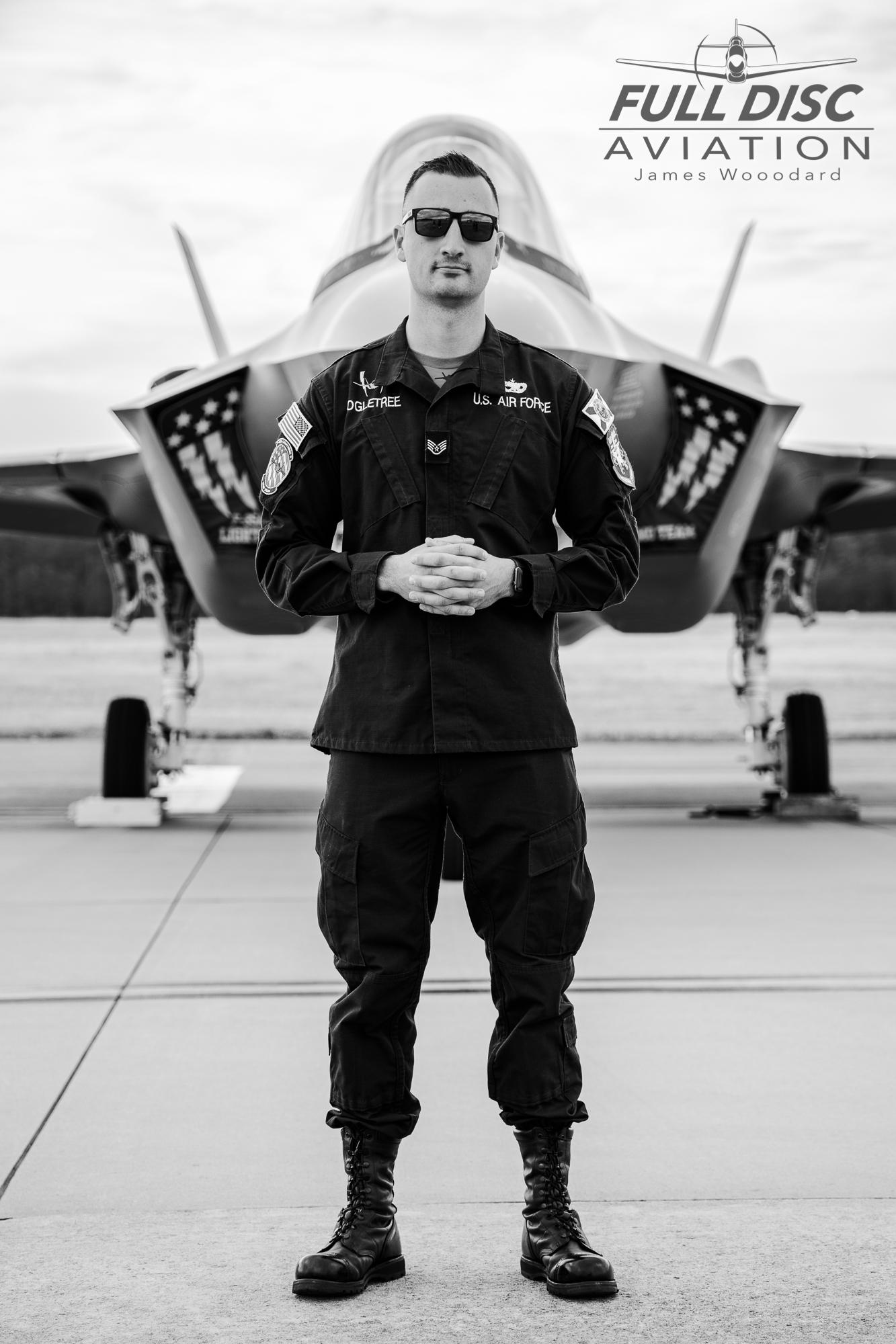 F35DemoTeam_FullDiscAviation_JamesWoodard-April 28, 2019-02.jpg