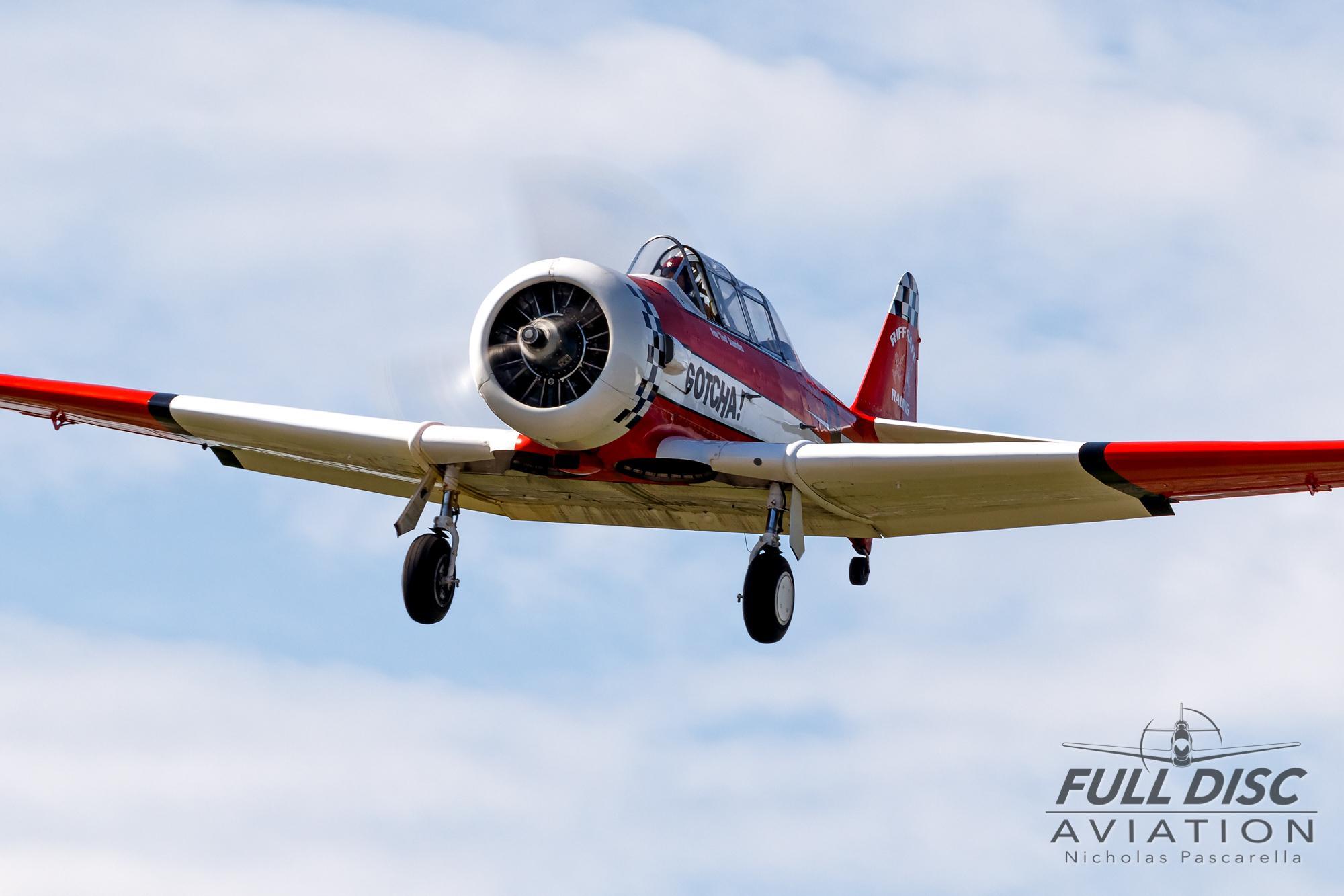 americanairpowermuseum_nicholaspascarella_nickpascarella_fulldiscaviation_legendsofairpower2019_aviation_warbird_gotcha_t6texan_riffraffracing.jpg
