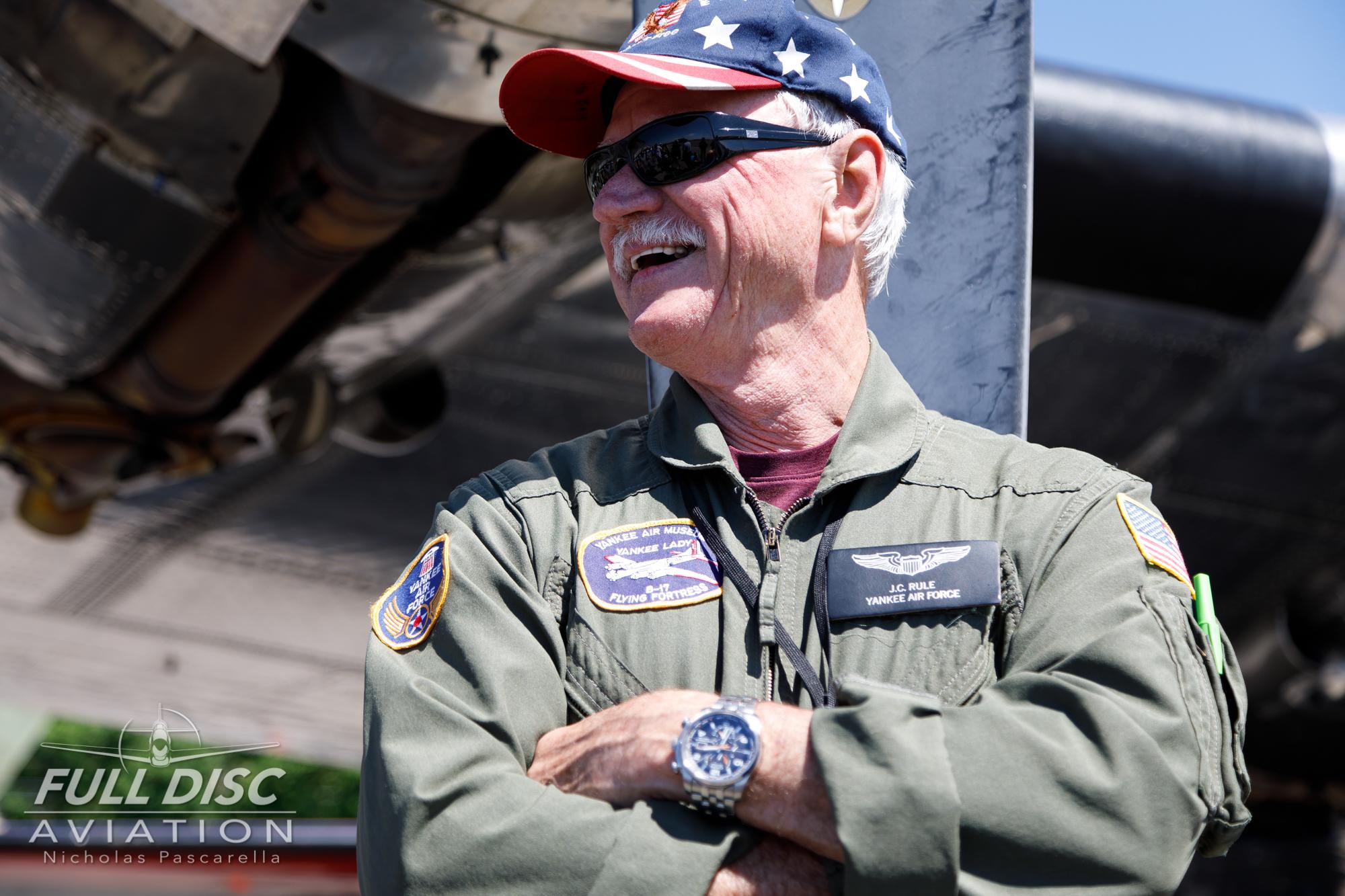 americanairpowermuseum_nicholaspascarella_nickpascarella_fulldiscaviation_legendsofairpower2019_aviation_warbird_johnrule_b17pilot.jpg
