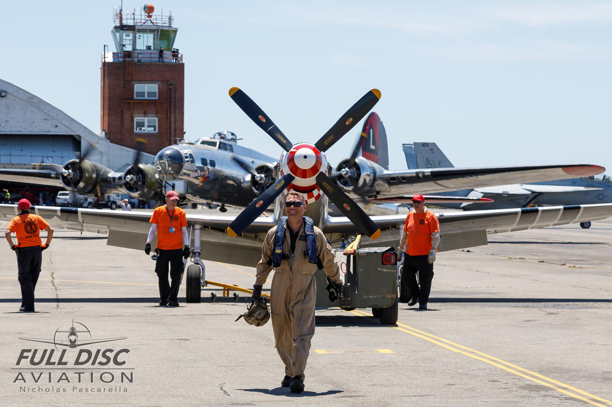 americanairpowermuseum_nicholaspascarella_nickpascarella_fulldiscaviation_legendsofairpower2019_aviation_warbird_p51_b17_thomrichard_smile.jpg