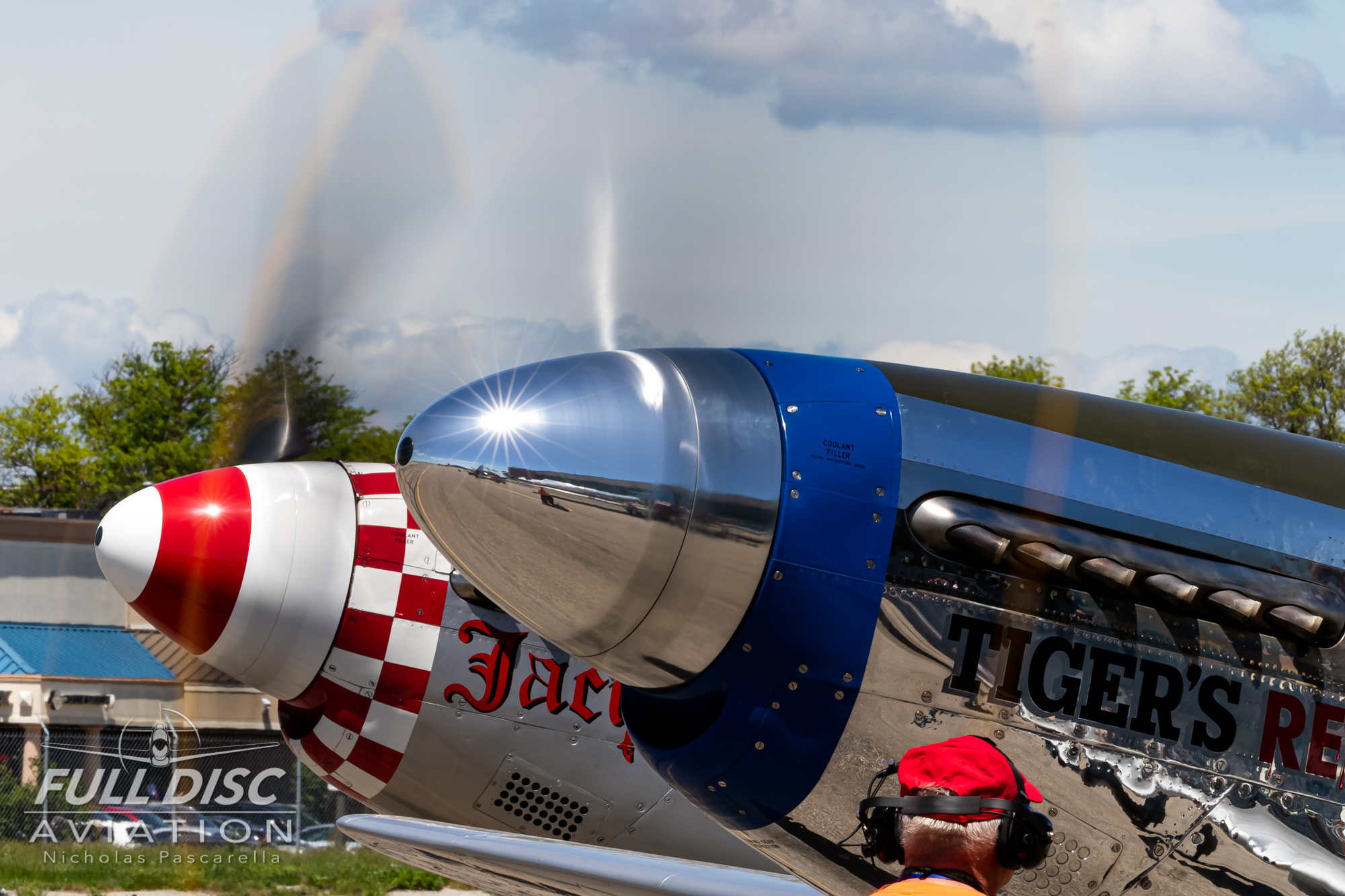 americanairpowermuseum_nicholaspascarella_nickpascarella_fulldiscaviation_legendsofairpower2019_aviation_warbird_p51_mustang_spinners.jpg