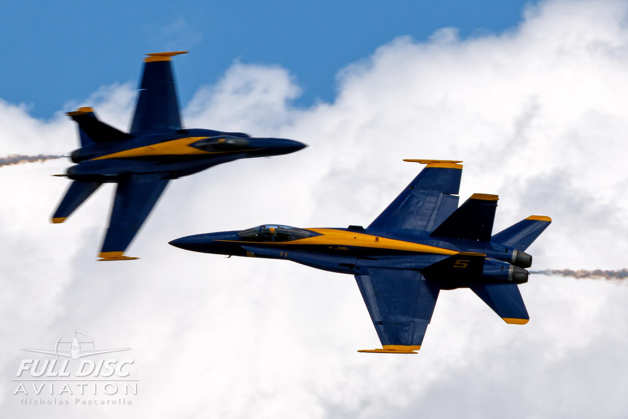 nickpascarella_fulldiscaviation_oceancityairshow_aviation_blueangels_cross.jpg