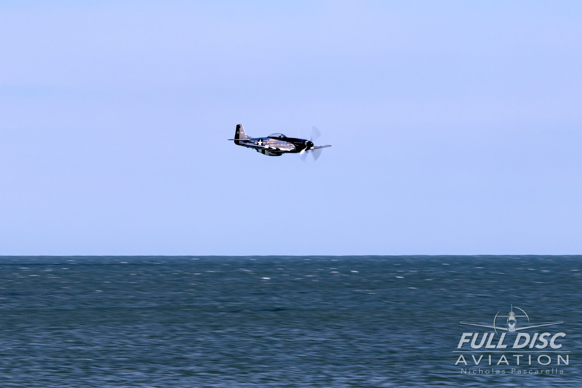 nickpascarella_fulldiscaviation_oceancityairshow_aviation_quicksilver_p51.jpg