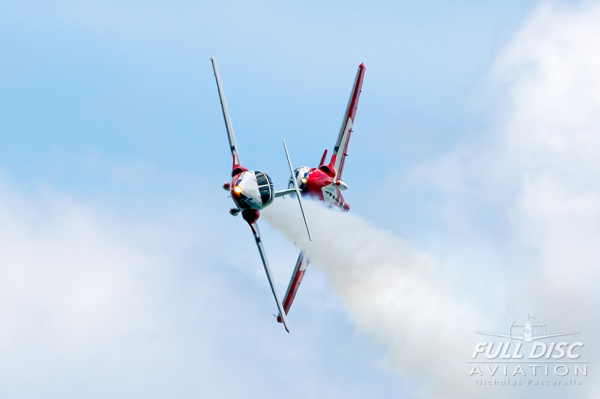 nickpascarella_fulldiscaviation_oceancityairshow_aviation_snowbirds_crossup.jpg