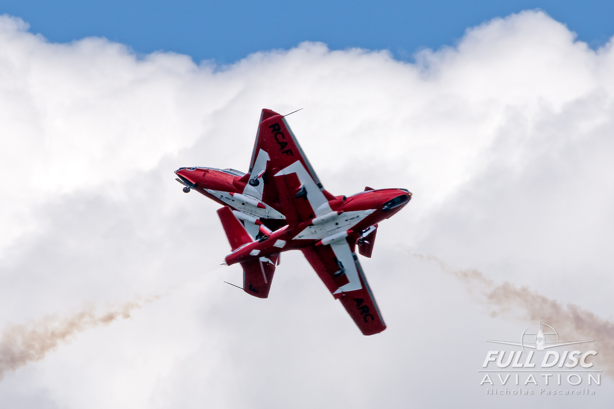 nickpascarella_fulldiscaviation_oceancityairshow_aviation_snowbirds_dirtycross.jpg