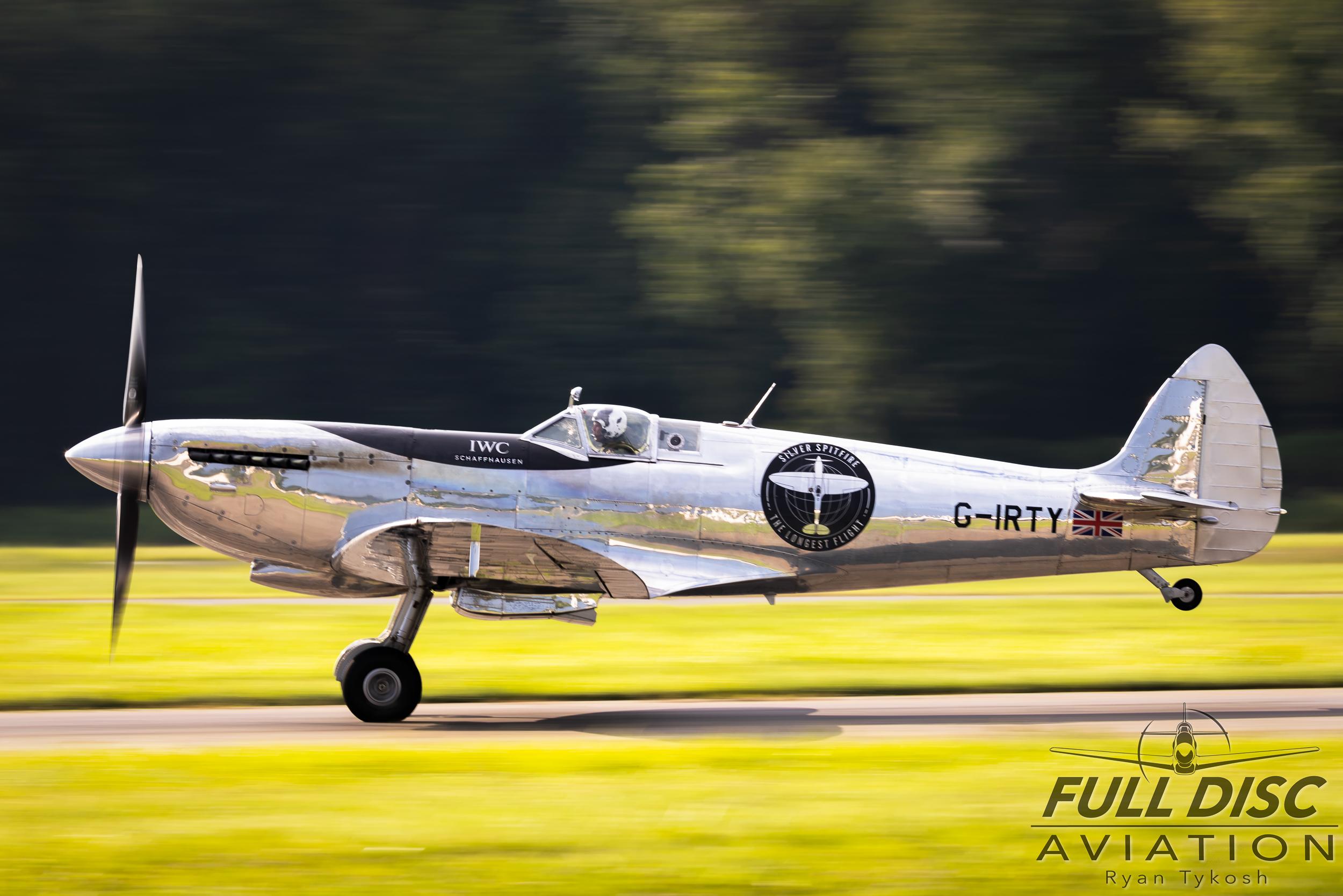Silver Spitfire - Full Disc Aviation - Ryan Tykosh_August 21, 2019_08.jpg