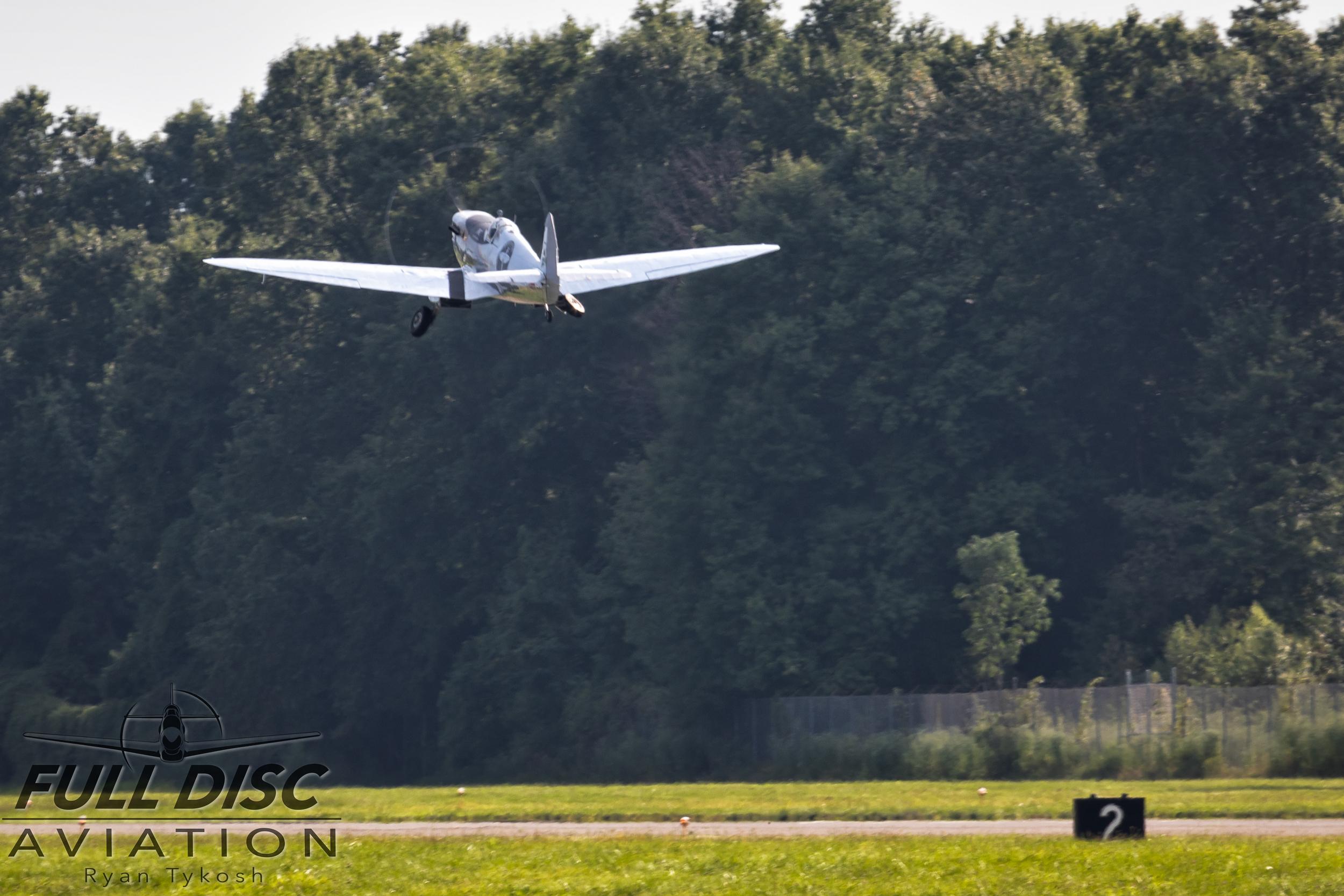 Silver Spitfire - Full Disc Aviation - Ryan Tykosh_August 21, 2019_11.jpg