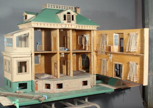 Photo:  Wooden dollhouse interior before restoration