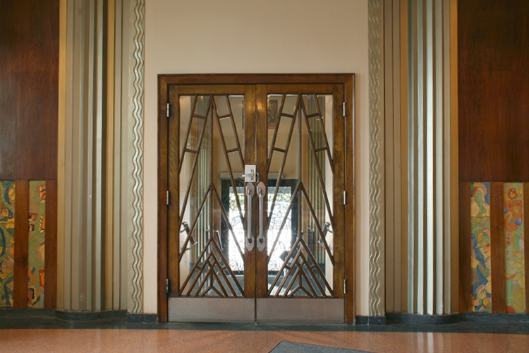 pawhatan_building_art_deco_entrance.jpg