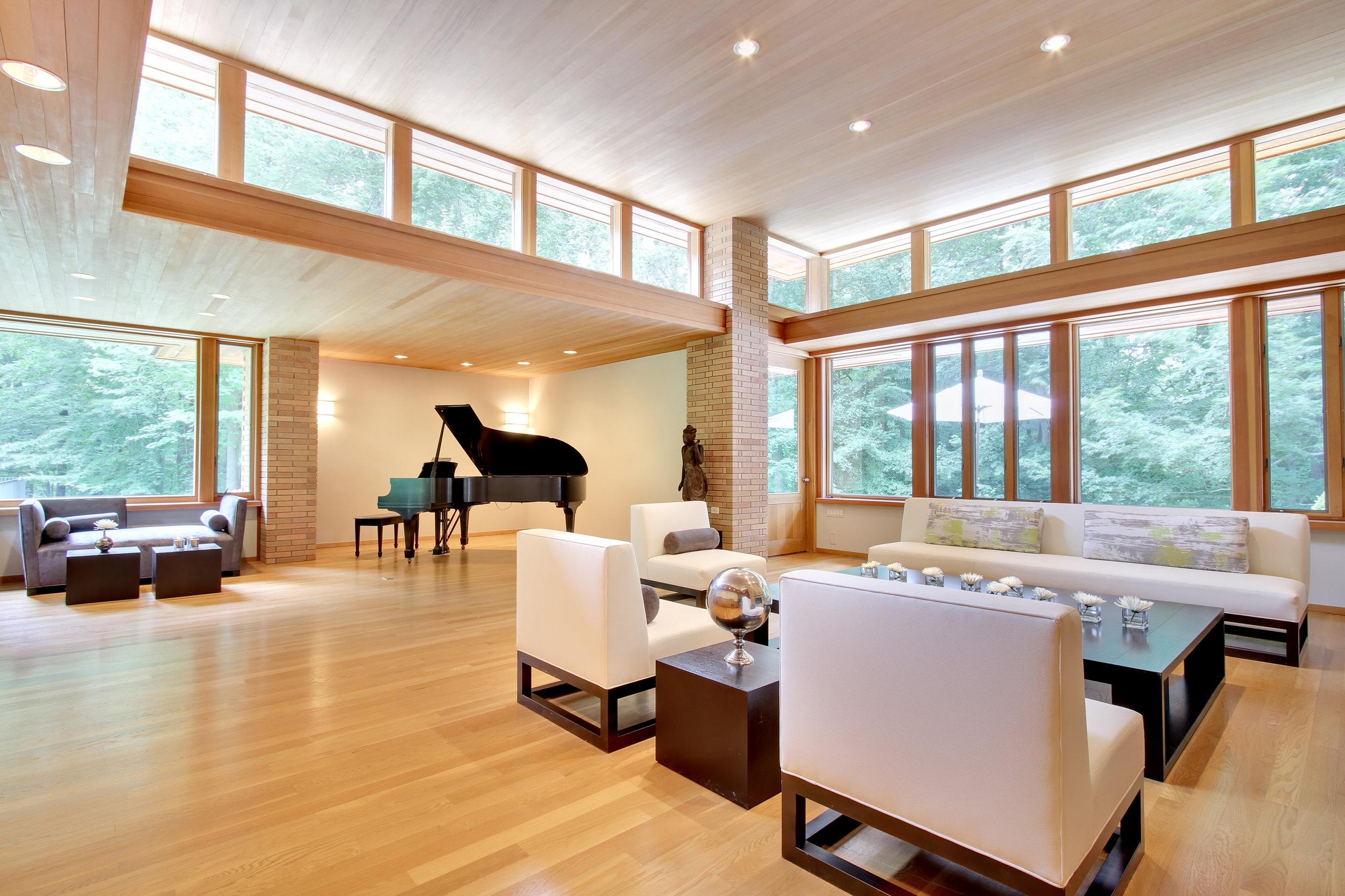 Oak Forest living room two.jpg