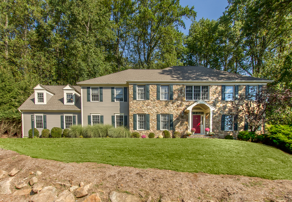 Mendham<br>Offered at $1,088,000