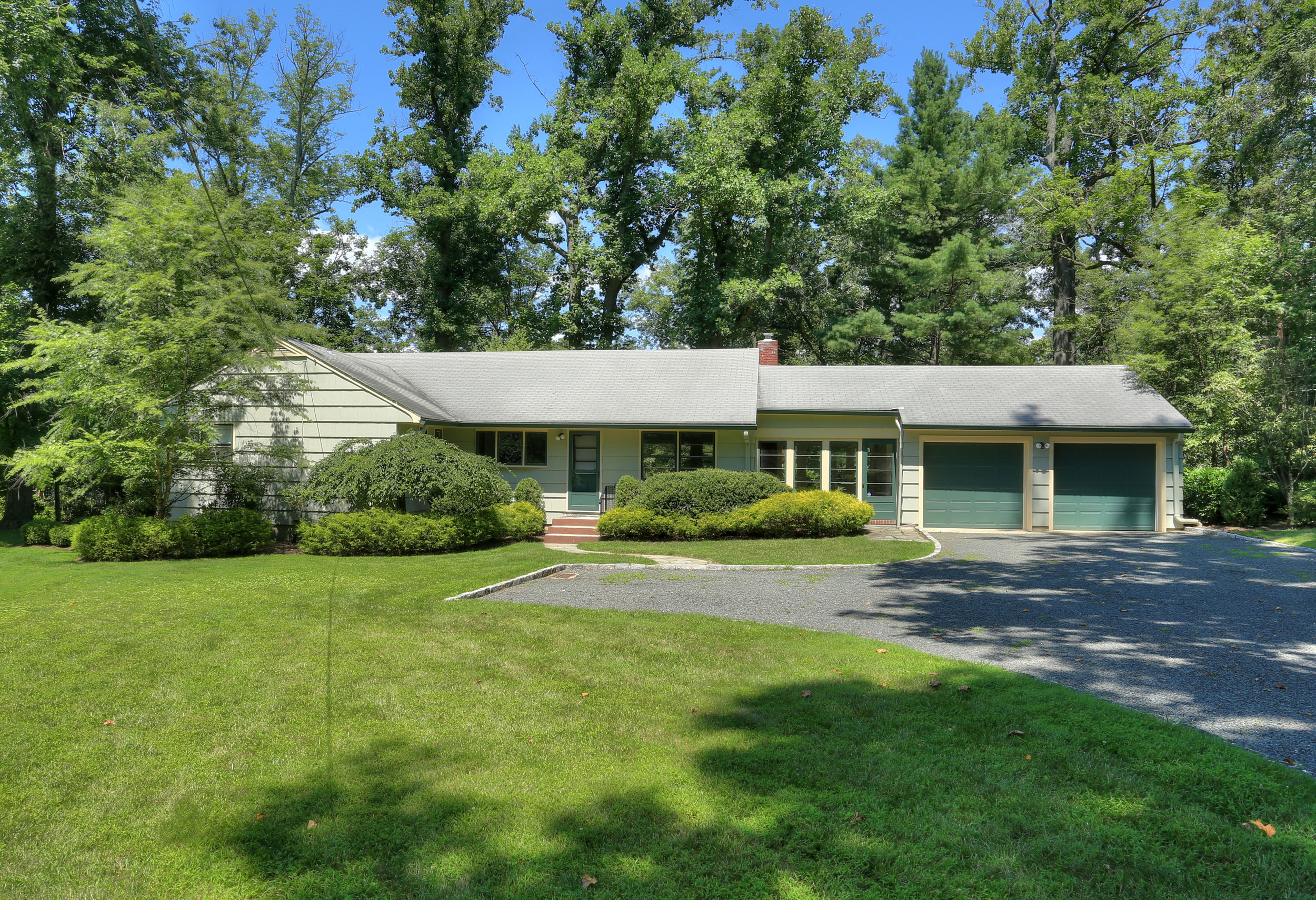 New Providence<br>Offered at $715,000