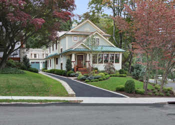 Bernardsville<br>Offered at $1,045,000