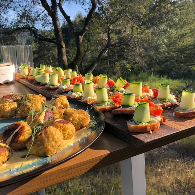 Yum! If you've ever been to an event at CHANGE Training Center, you know we take our food seriously!  Thank you @saltandstonecatering for always making our events delicious! 😋 ————————————————————— #engagedindesign #engagedin #changetrainingcenter #workspa #corporateoffsite #felton #visitsantacruz #santacruzmountains #organicfood #organiccatering #santandstonecatering