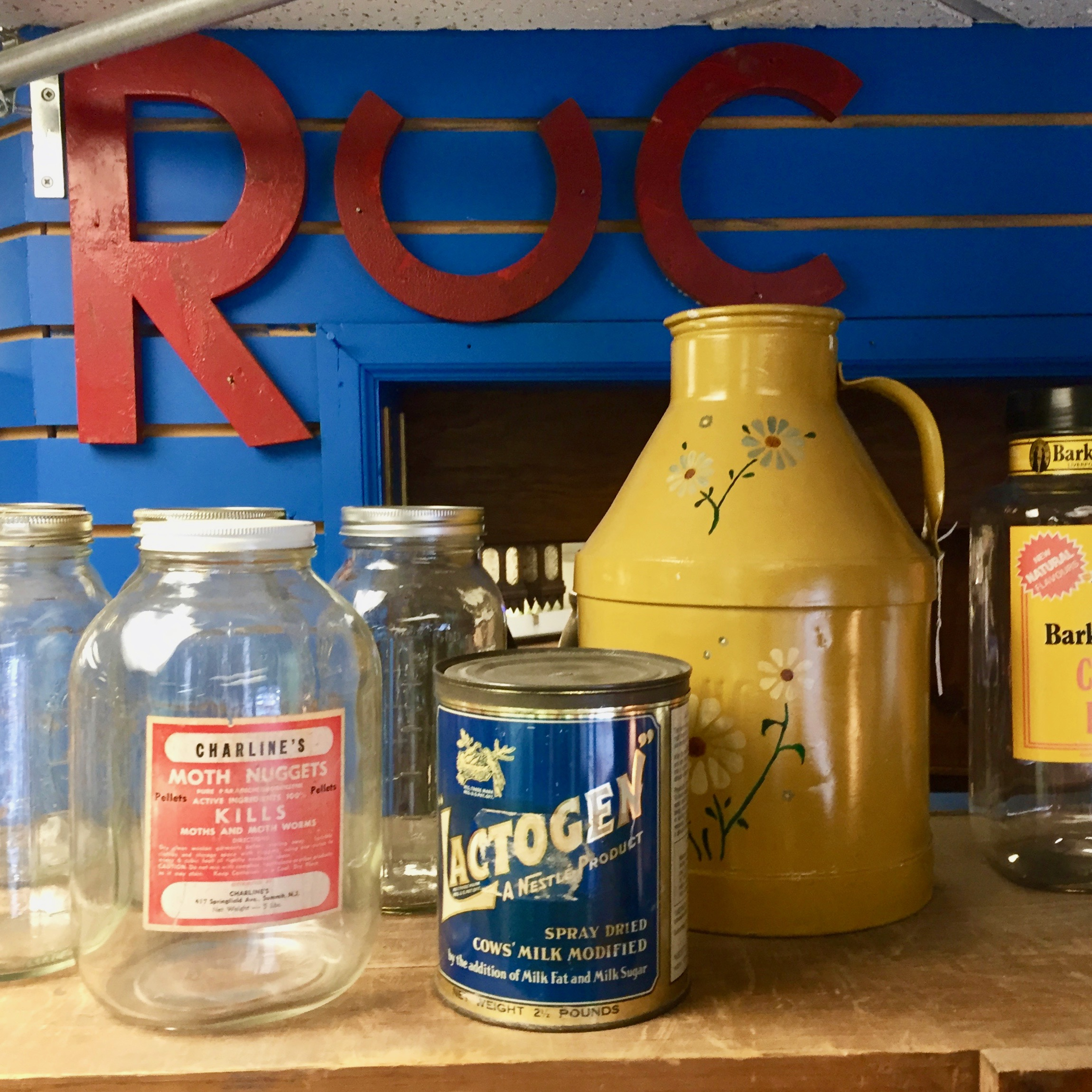 BRIAN RUCK ANTIQUES   Brian is a long time collector and dealer. His business consists primarily of country furniture, crocks, jugs, bottles, tools and the like. He is also a clock collector, and sells clocks and barometers along with other antiques. Find Brian's booth on the 1st floor in the area facing Morris Avenue.