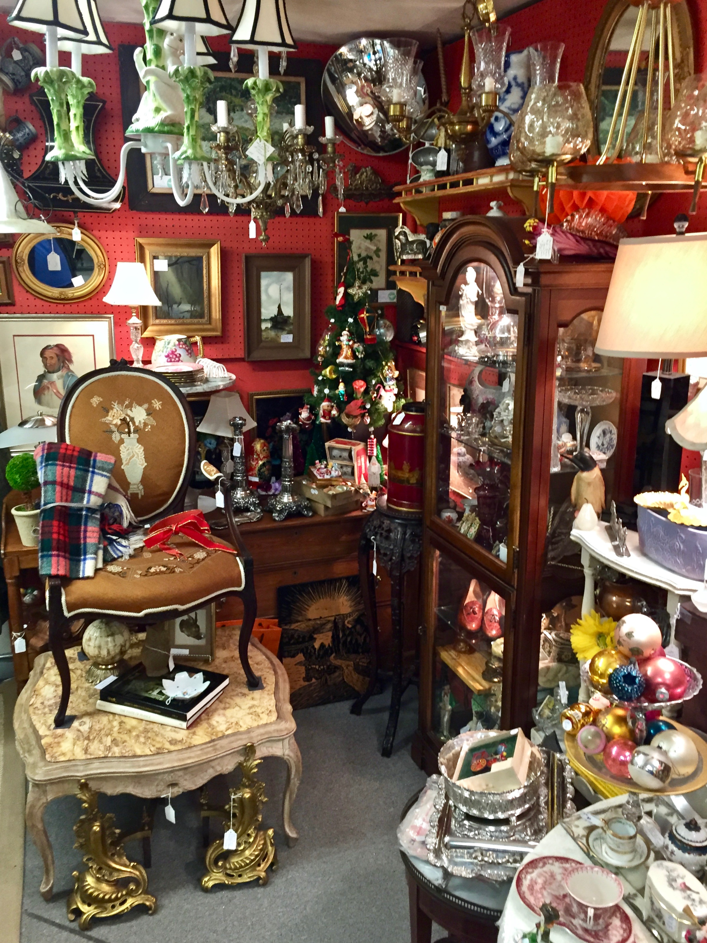 GB ANTIQUES   GB Antiques has been part of The Summit Antiques Center since 2009. Formerly, Gerrry kept a shop in South orange for 12 years. He offers a collection of decorative antiques, home furnishings, lighting and unusual objets d'art.