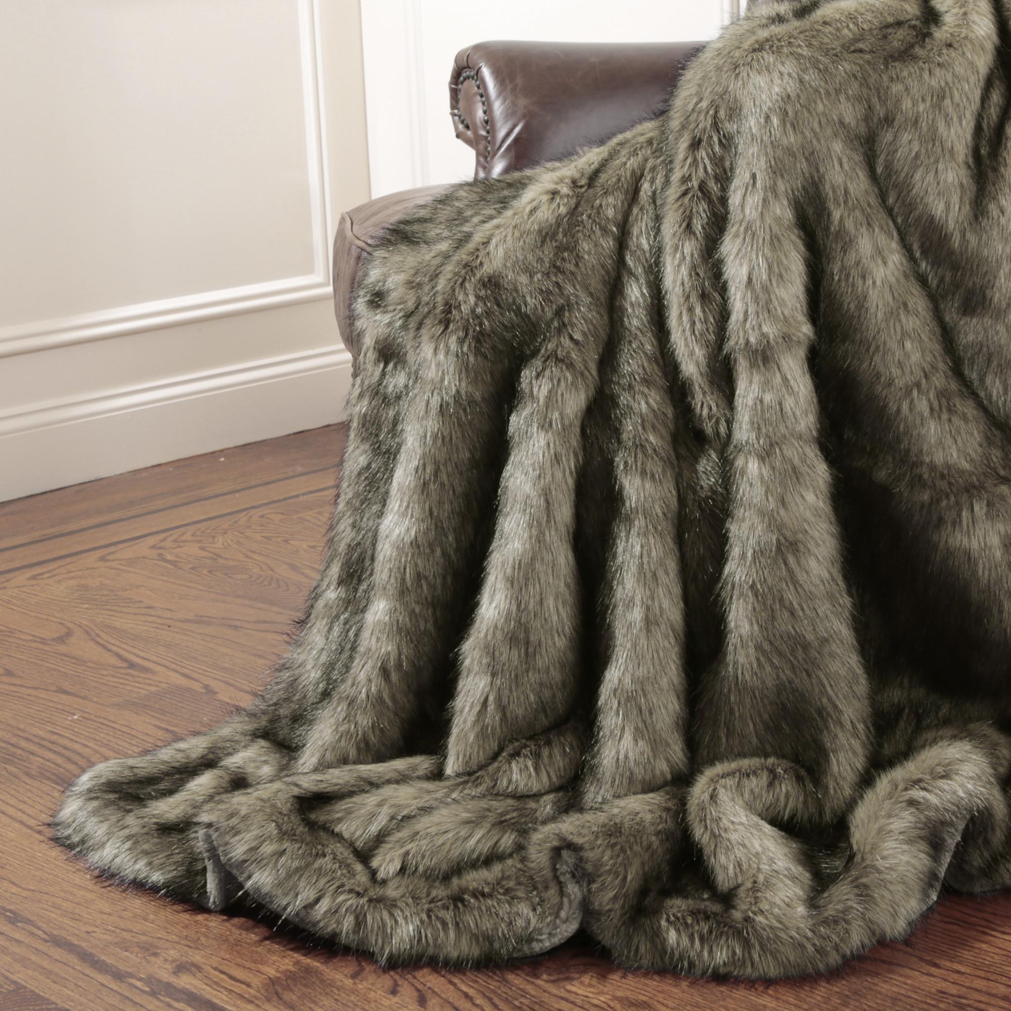 Tawny+Fox+Faux+Fur+Full+Throw+Blanket.jpg