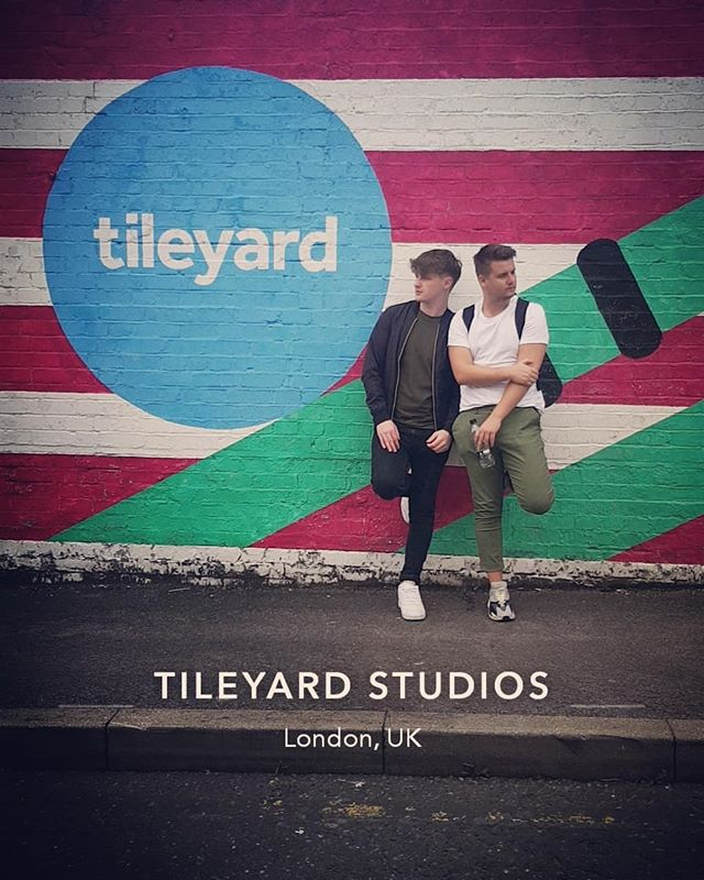 Writing some bangers @tileyardlondon . Cant wait for  you all to hear what we are working on! 💥💥💥 . . . . . . #music #london #songs #songwriter #lavengro #tileyardstudios