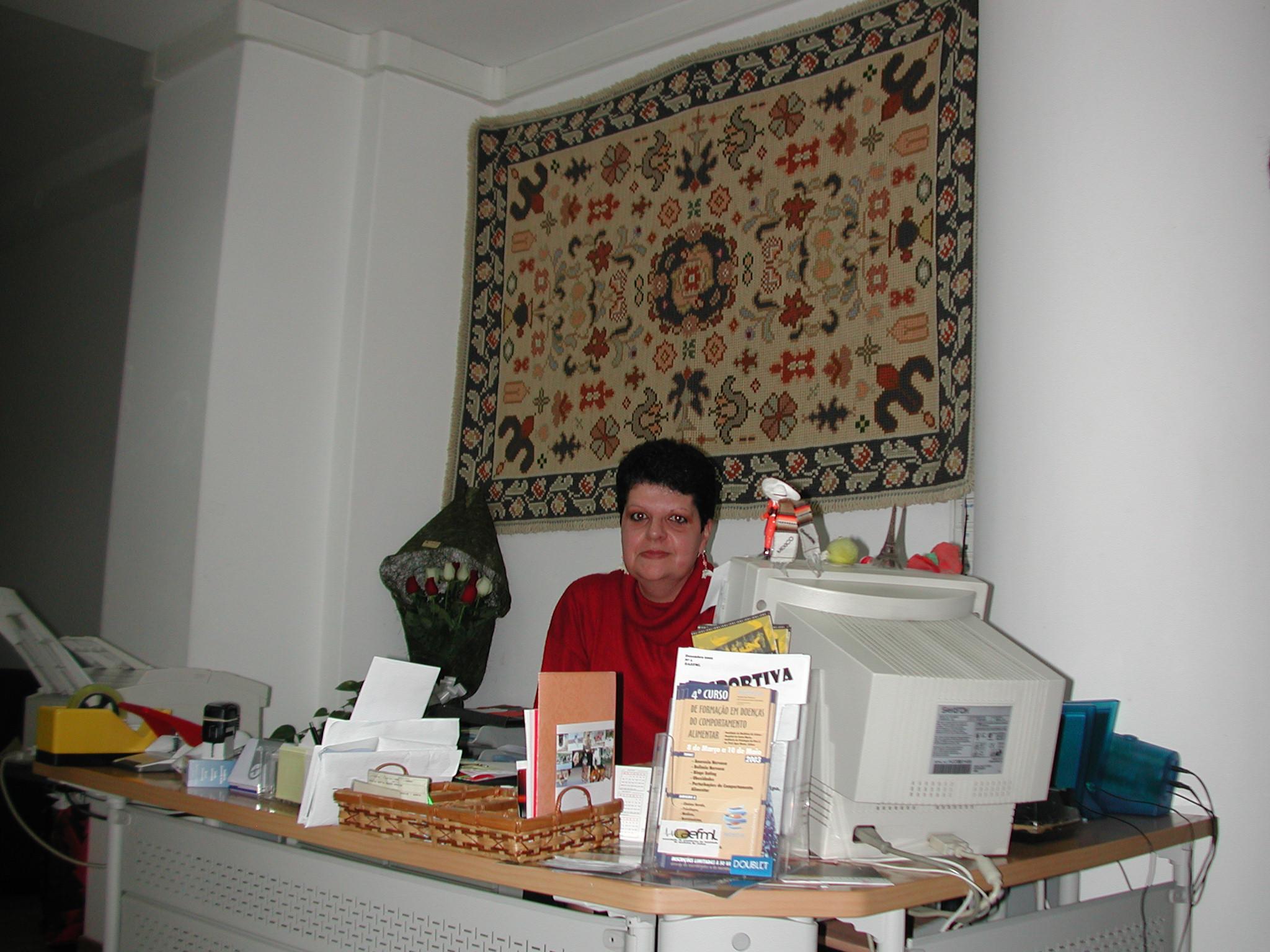 20-04-gabinete-de-secretariado-aefml-2003.jpg