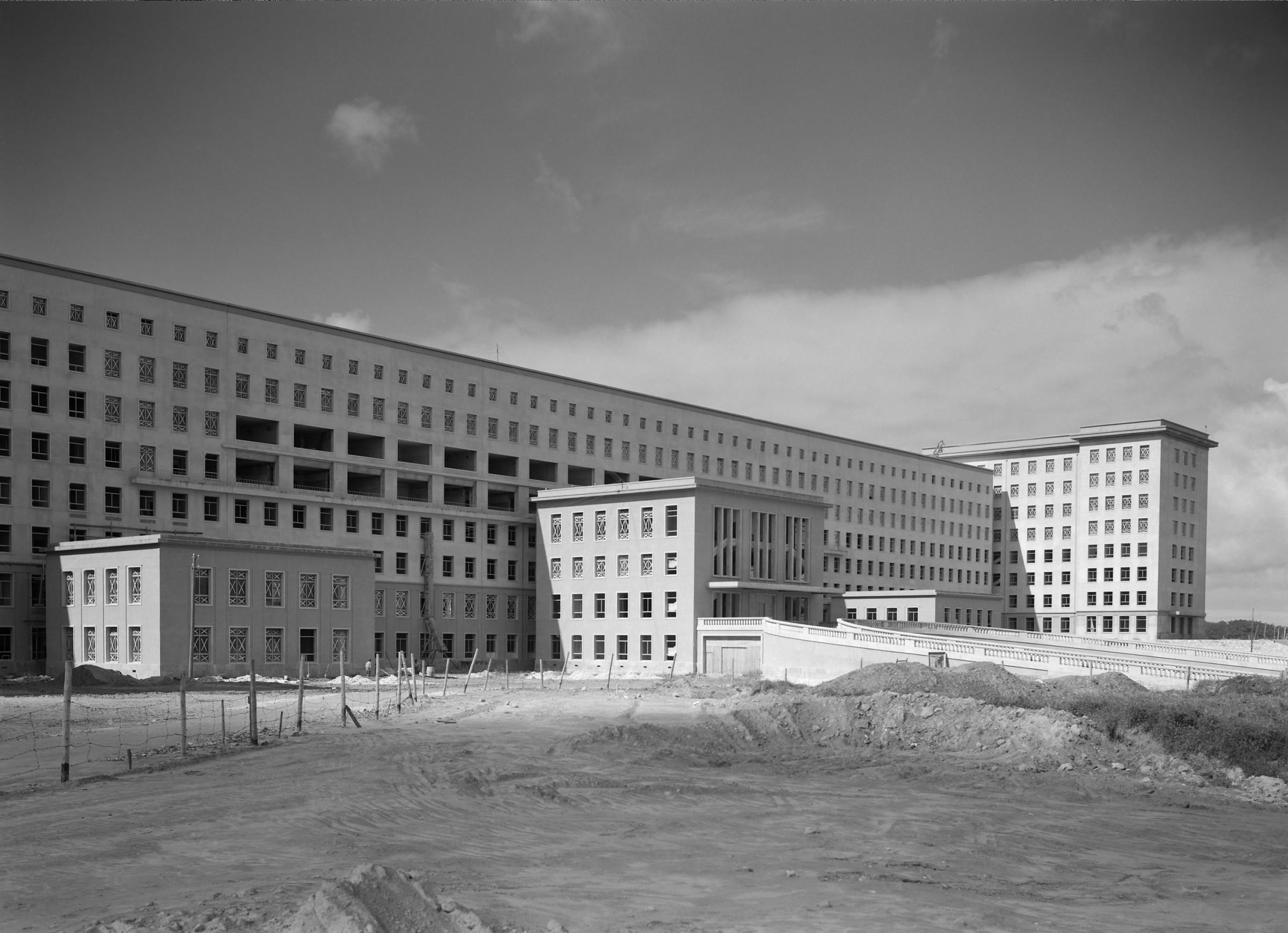 07-construc3a7c3a3o-hsm-1950.jpg