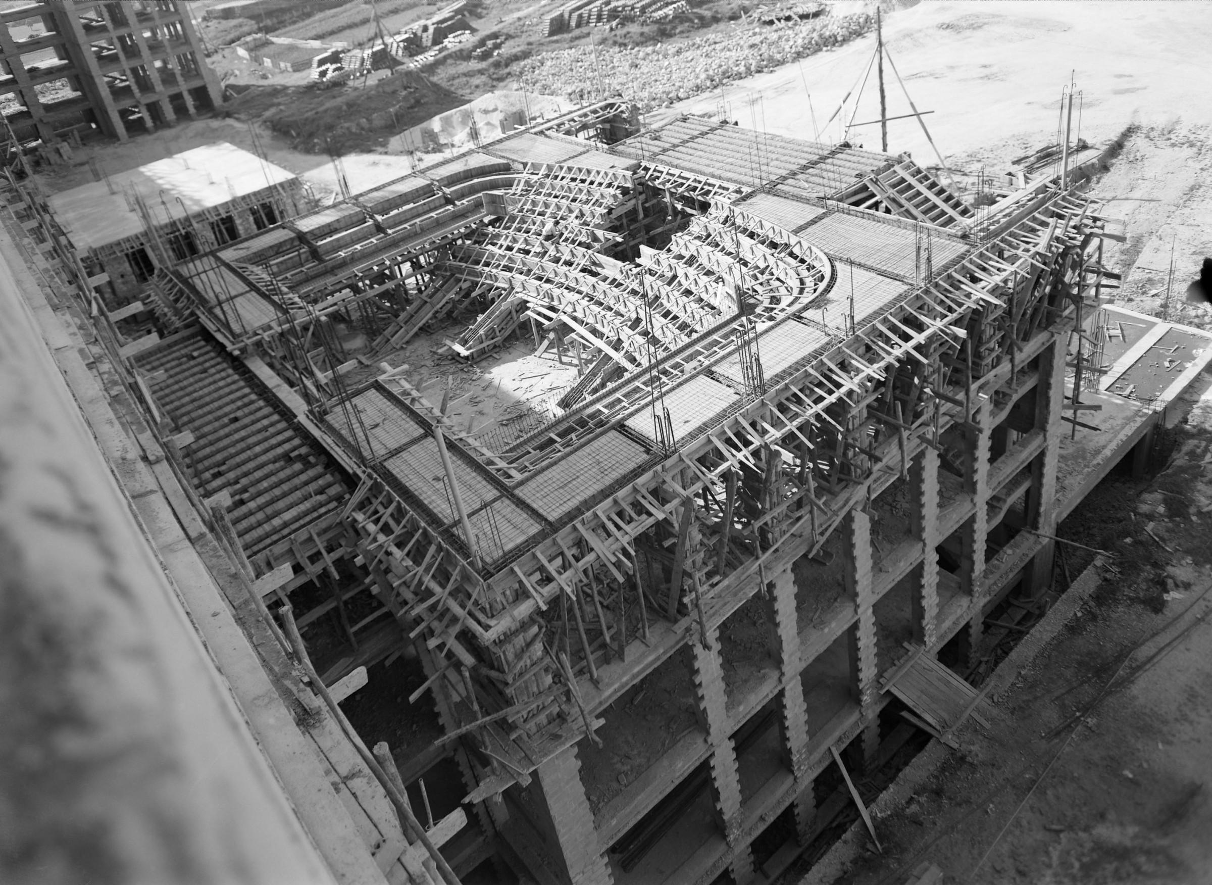 04-construc3a7c3a3o-hsm-aula-magna-1950.jpg