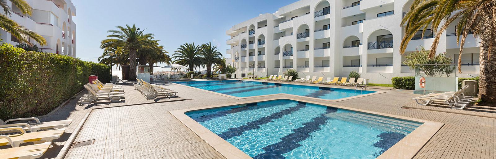 terrace-algarve-appartments-piscina.jpg