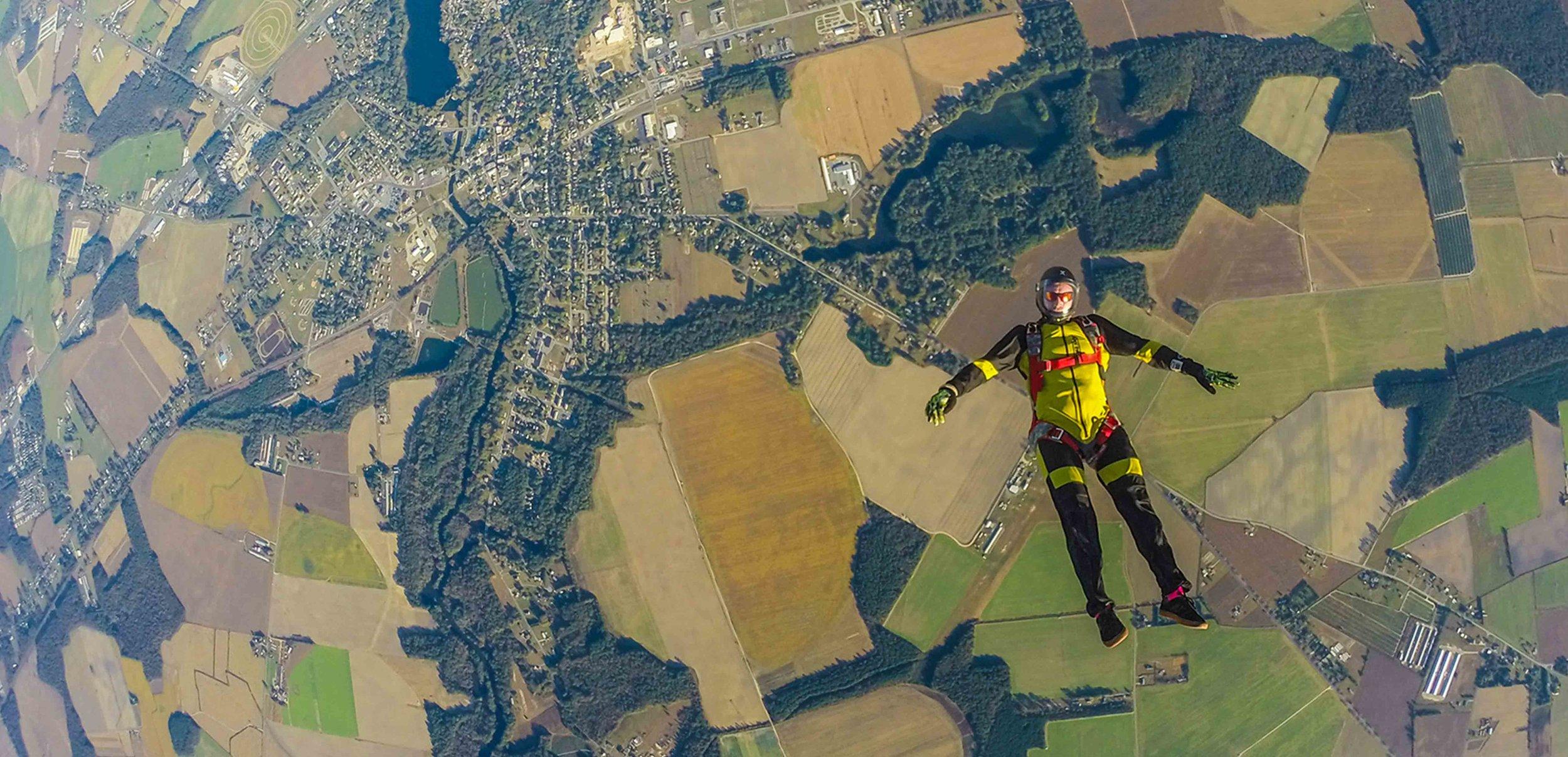 Kua Sky Freefly Jump.jpg