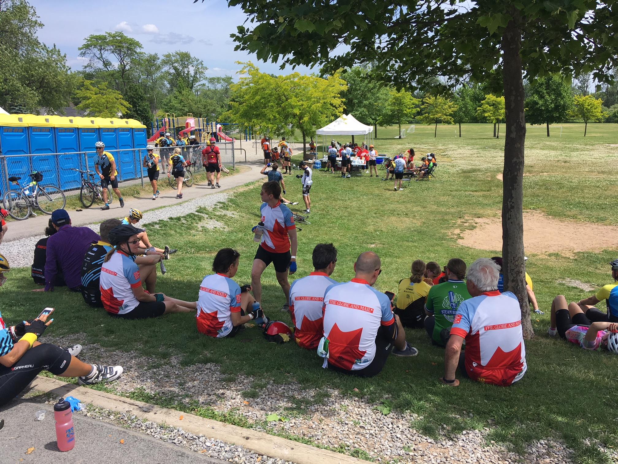 Team Globe take a well deserved break in the shade.