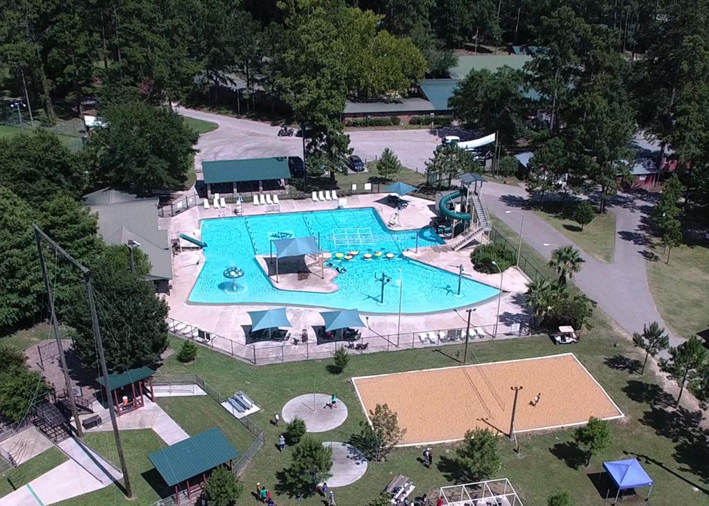 pool-drone-cr1024w.jpg