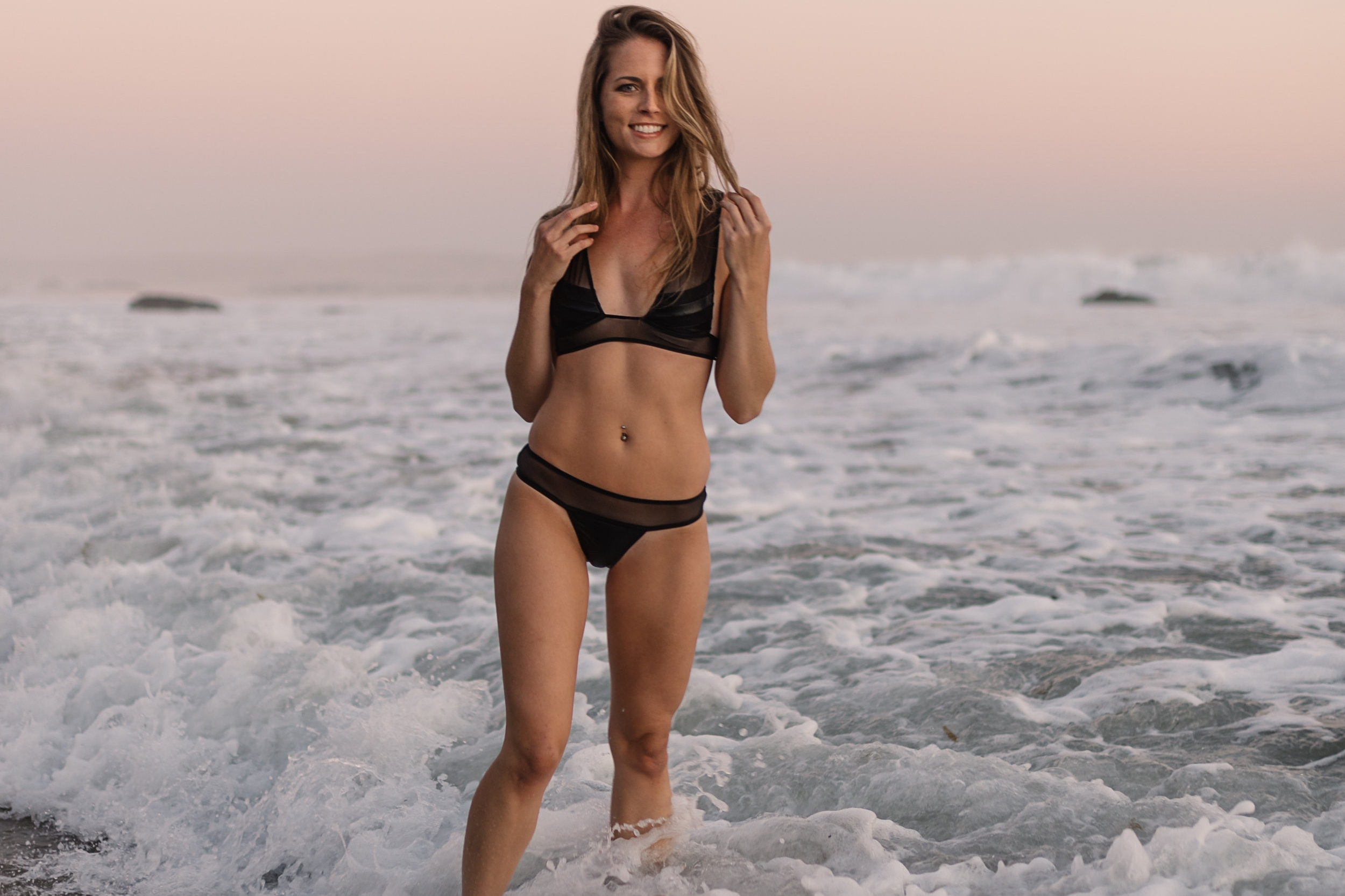 Lindsey in LA - One of our most favorite regular Bandits Babes Lindsey Weller travelled to LA to work with Photographer Paolo Artymiak, and we are so so glad that she did
