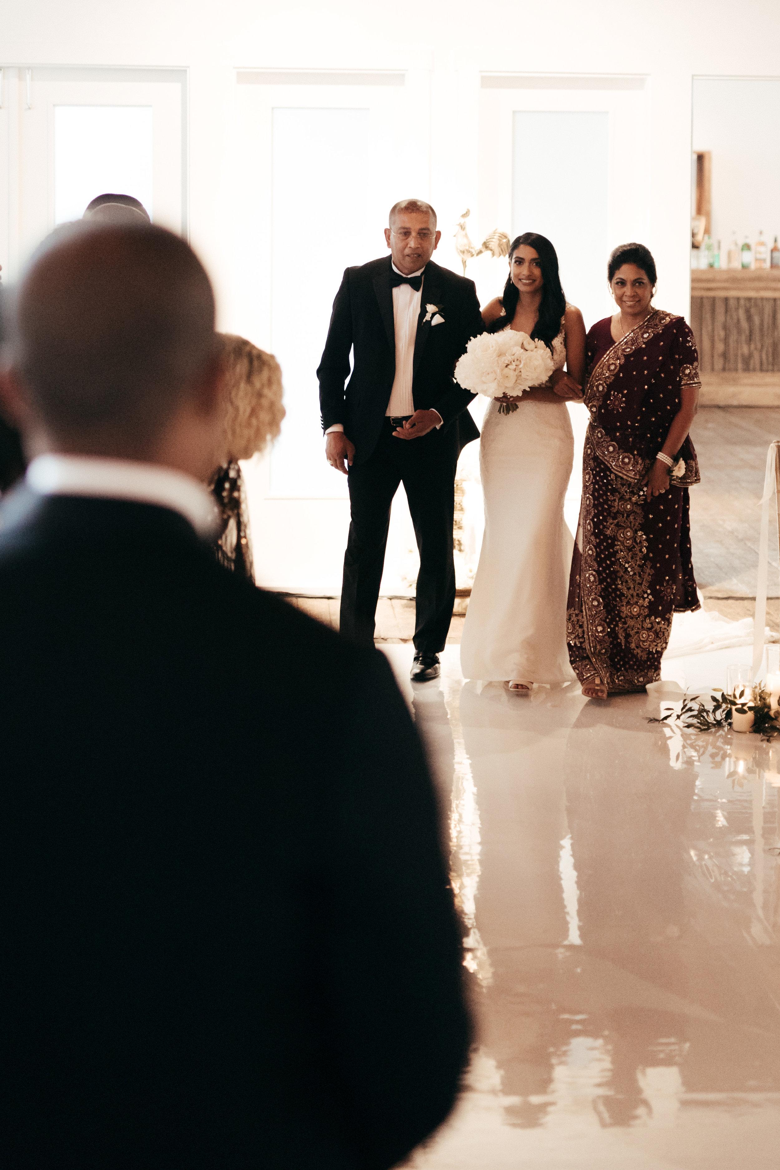 Mindy&Jared-wedding-by-LadiesAndGentlemen-by-Matija-Vuri-3349.jpg