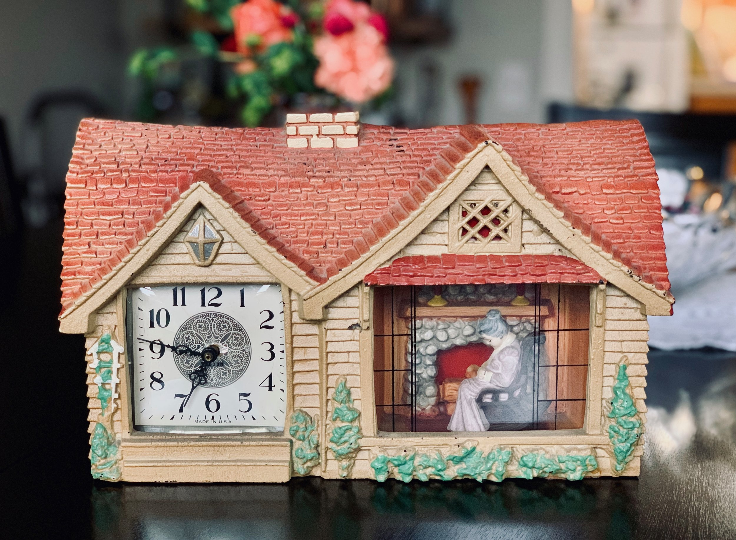 Granny Clock.jpg