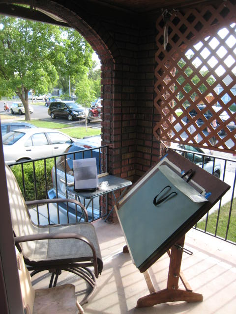 Maybe your child would enjoy an outdoor art studio?