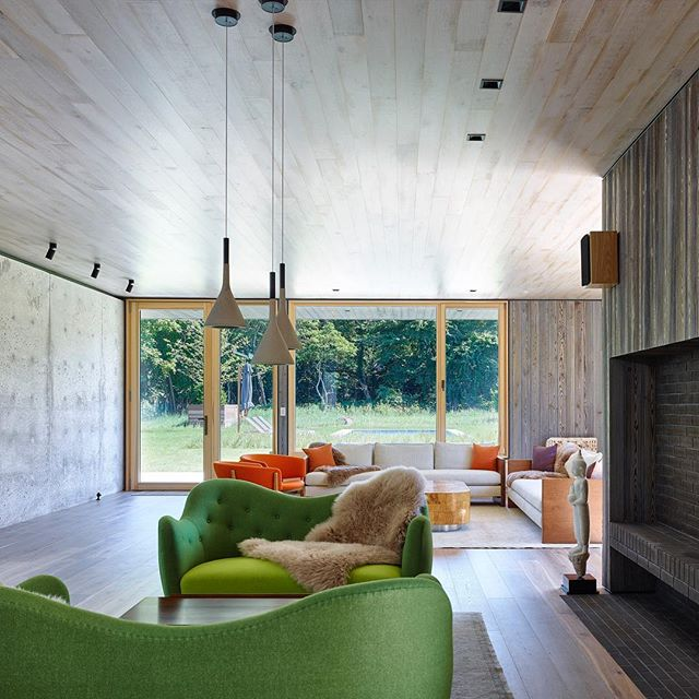 We love when a room has as little drywall as possible. 2018 East End Design Award finalist by @mb_architecture • • • • #architecture #interiors #landscapearchitecture #greendesign #design #interiordesign #hamptons #easthampton #sagaponack #architecturephotography #southampton #montauk #bridgehampton #gallery #outdoorspace #hamptonsstyle #amagansett #garden #landscape #designinspiration #amagansett #modern #green #thehamptons #architect